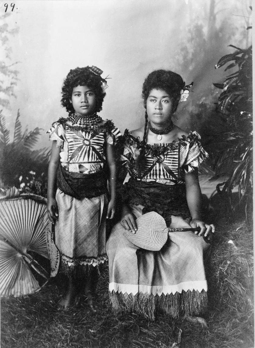 women-nude-vintage-pacific-island-women-girls-first-time