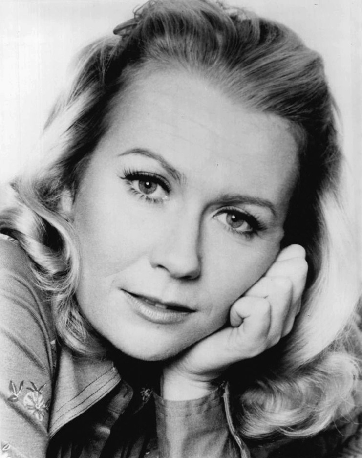 Juliet Mills Nude Photos 76