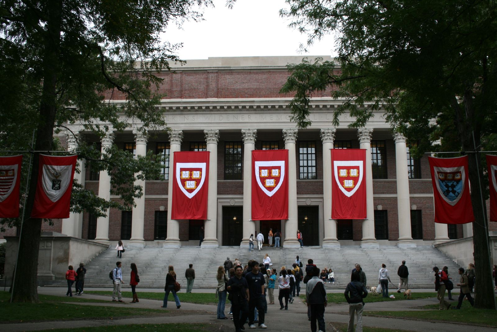Harvard adopts new admission standard, SHU ahead of the trend