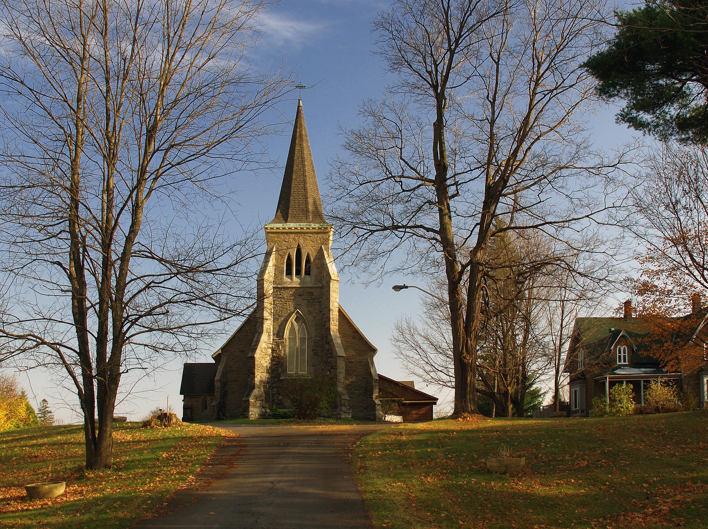 Holy Trinity Anglican Church.jpg