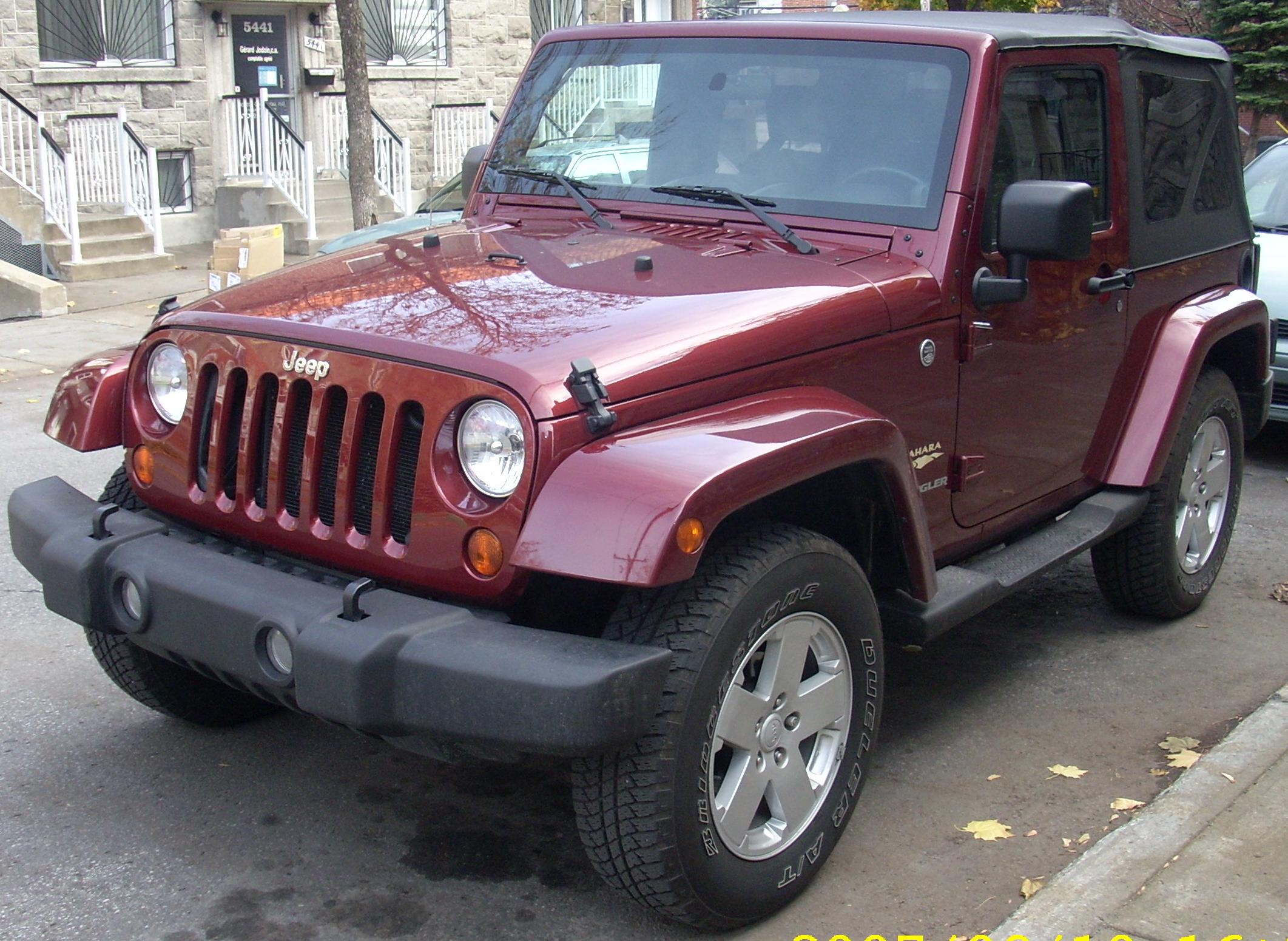 Jeep Wrangler Tj Build >> File:Jeep JK Wrangler Sahara 2-Door Convertible.jpg - Wikimedia Commons