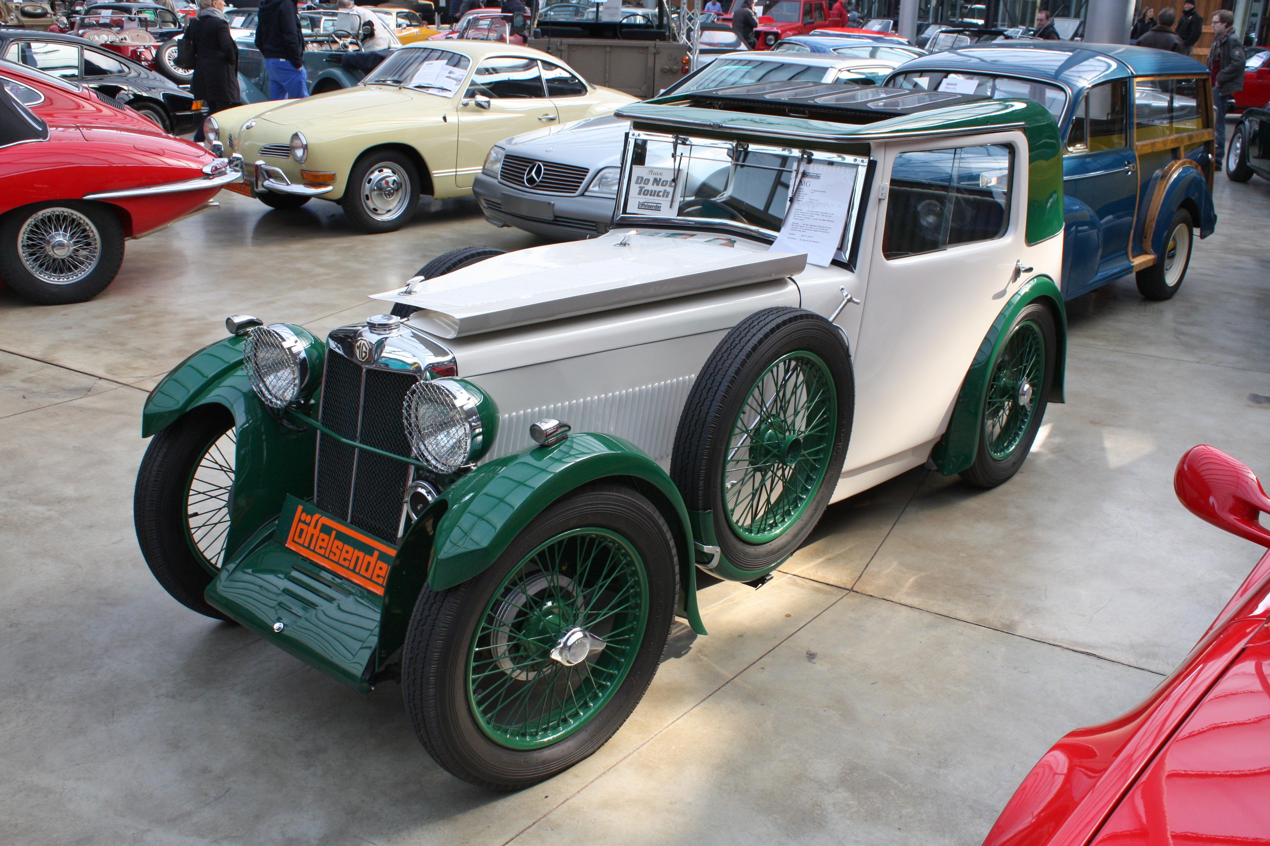 File:MG F1 Magna Salonette 000 000 1931-1933 1933 frontleft 2013-03