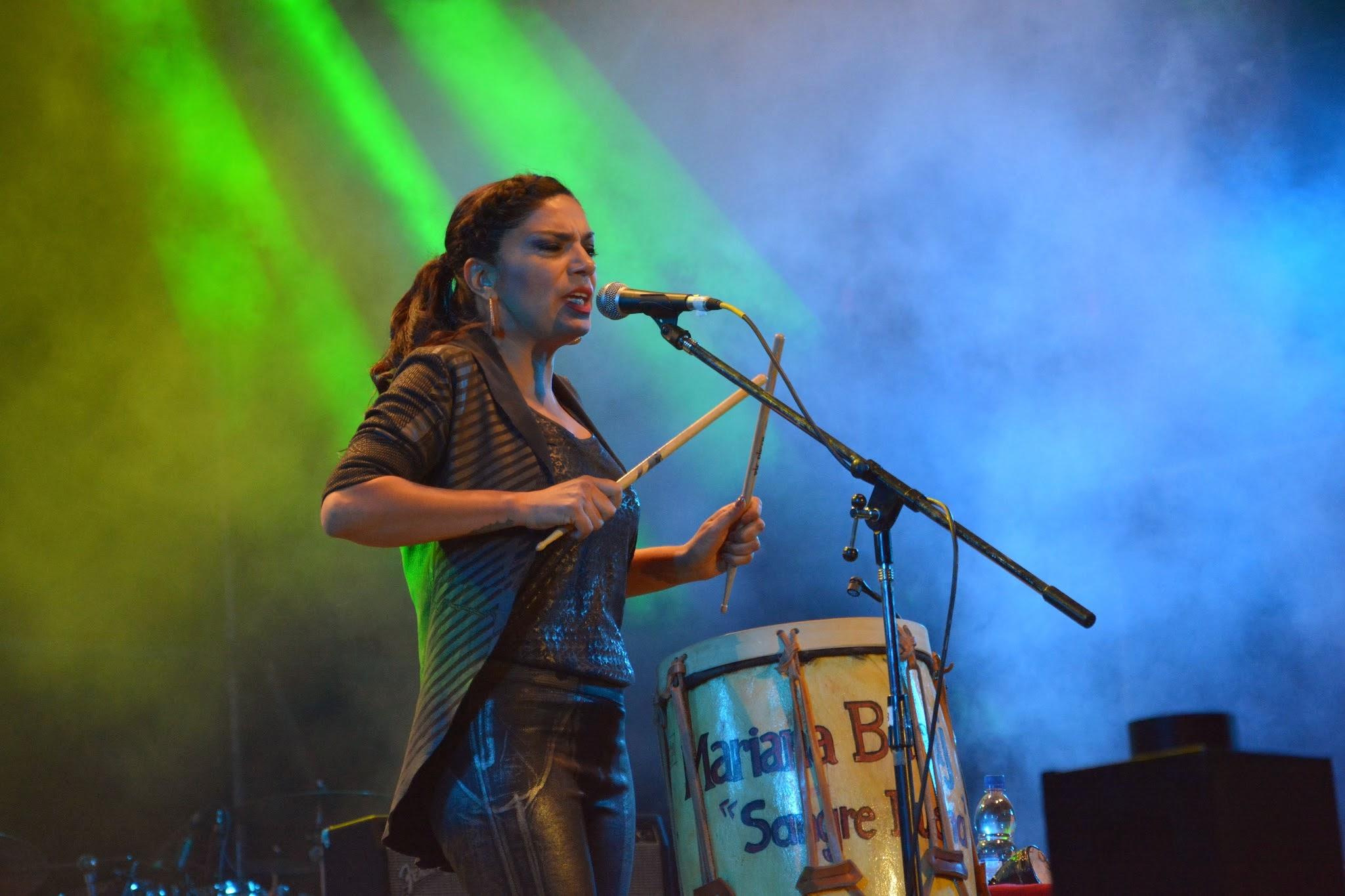 Mariana Baraj en el festival Verano de Emociones (San Marcos Sierras, 29 de enero de 2015).