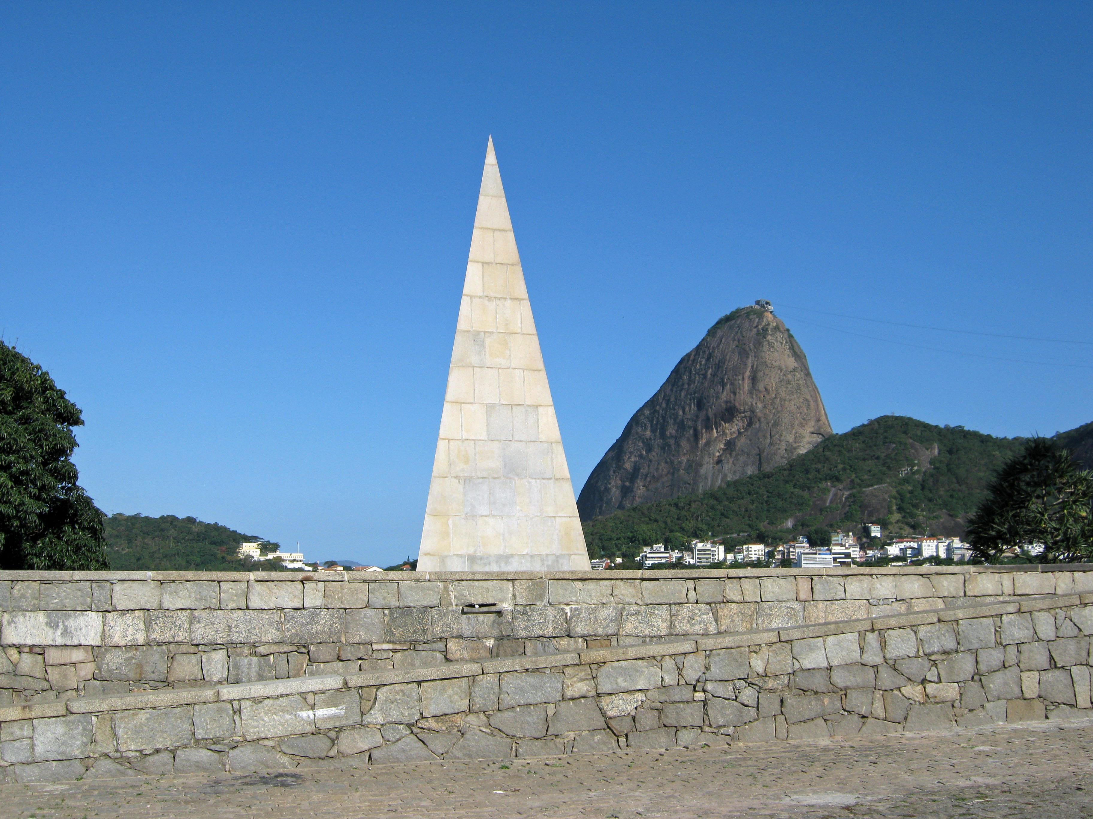 File:Monumento a Estacio de Sá.jpg - Wikimedia Commons