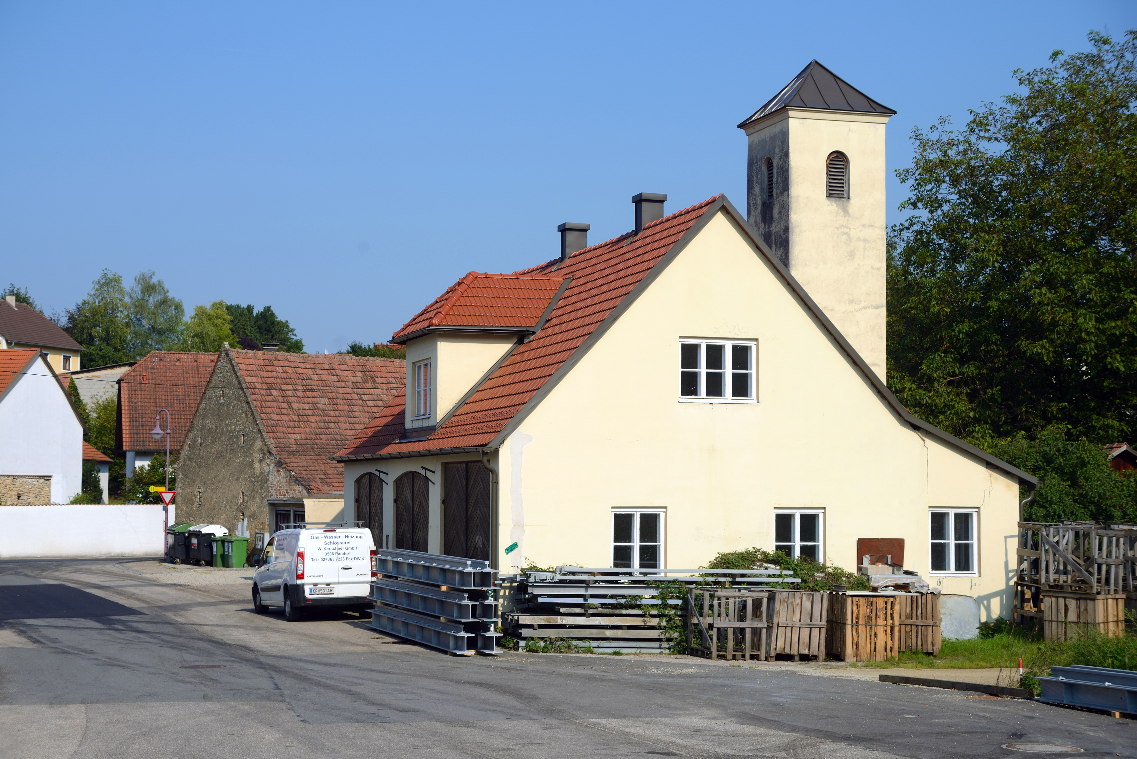 File Paudorf Feuerwehr Geratehaus Jpg Wikimedia Commons