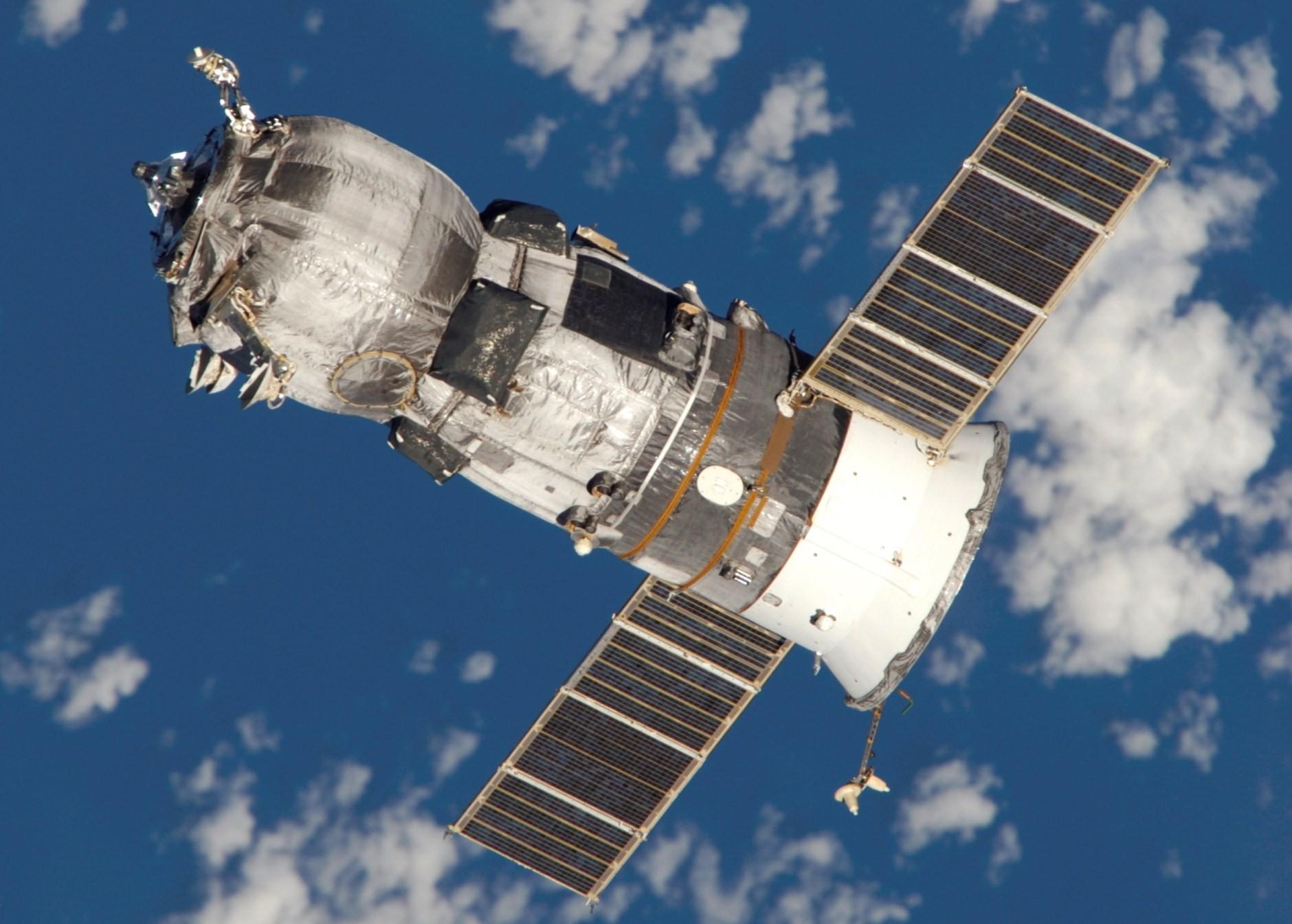 Pesawat kargo antariksa Rusia tiba di ISS...