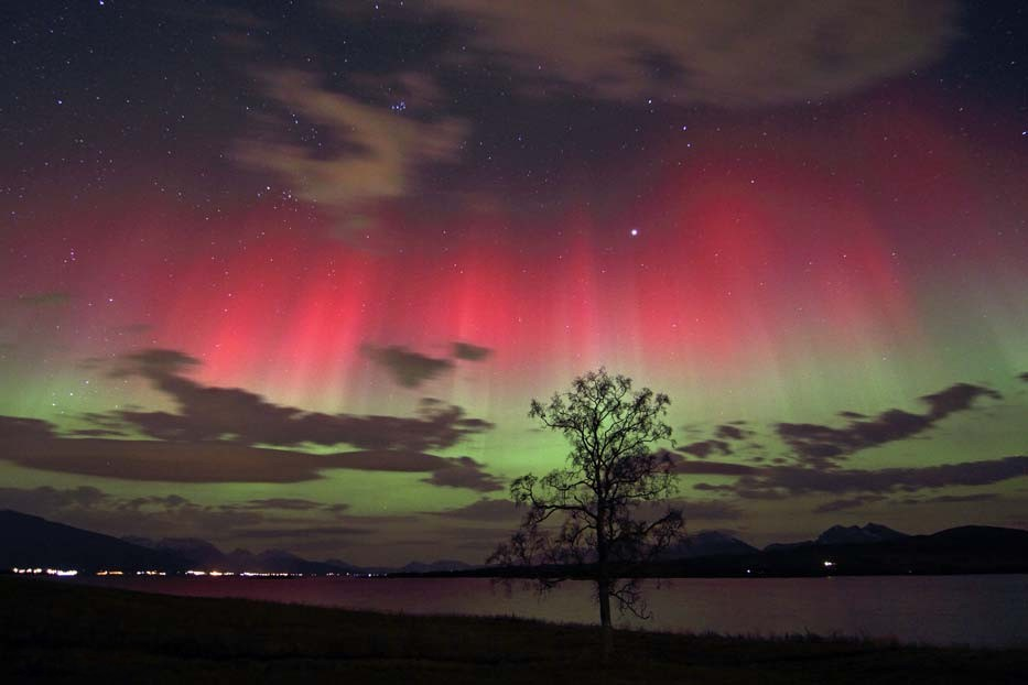 Red and green auroras
