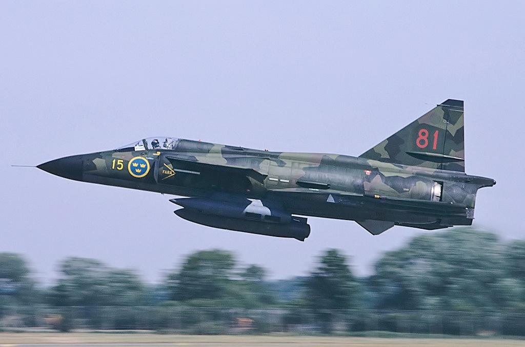 File Saab SH37 Viggen, Sweden Air Force AN1117576 jpg Wikimedia Commons