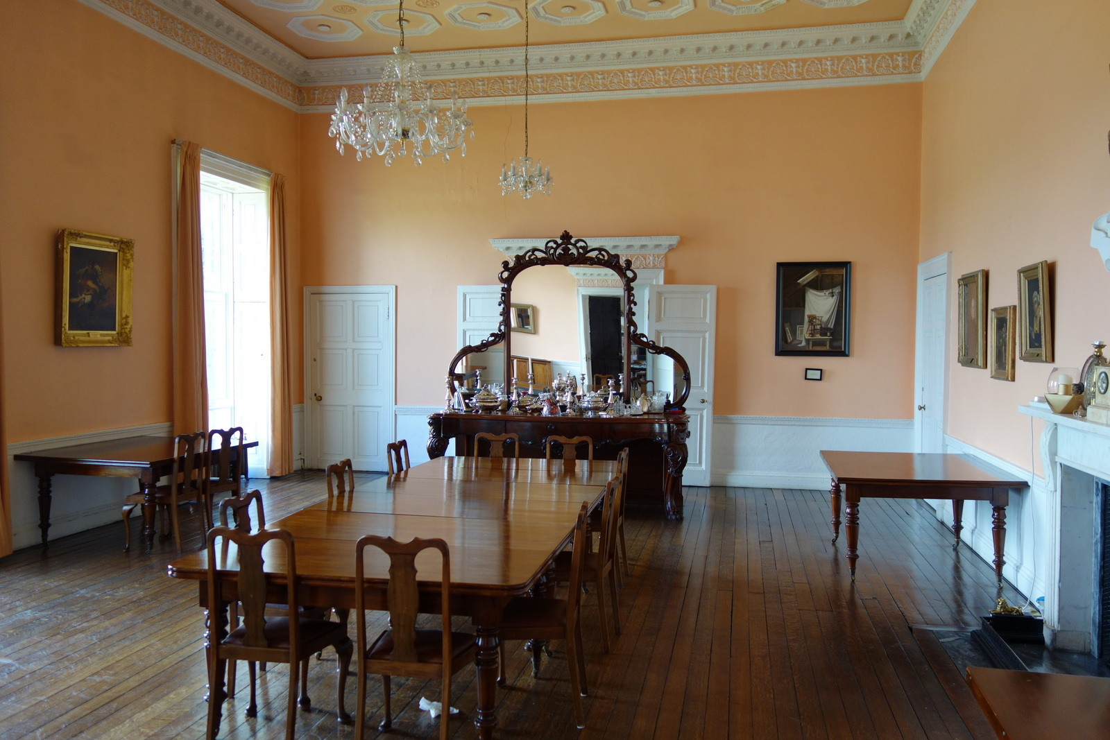 File:Staff Dining Room - Clongowes Wood College - Kildare ...