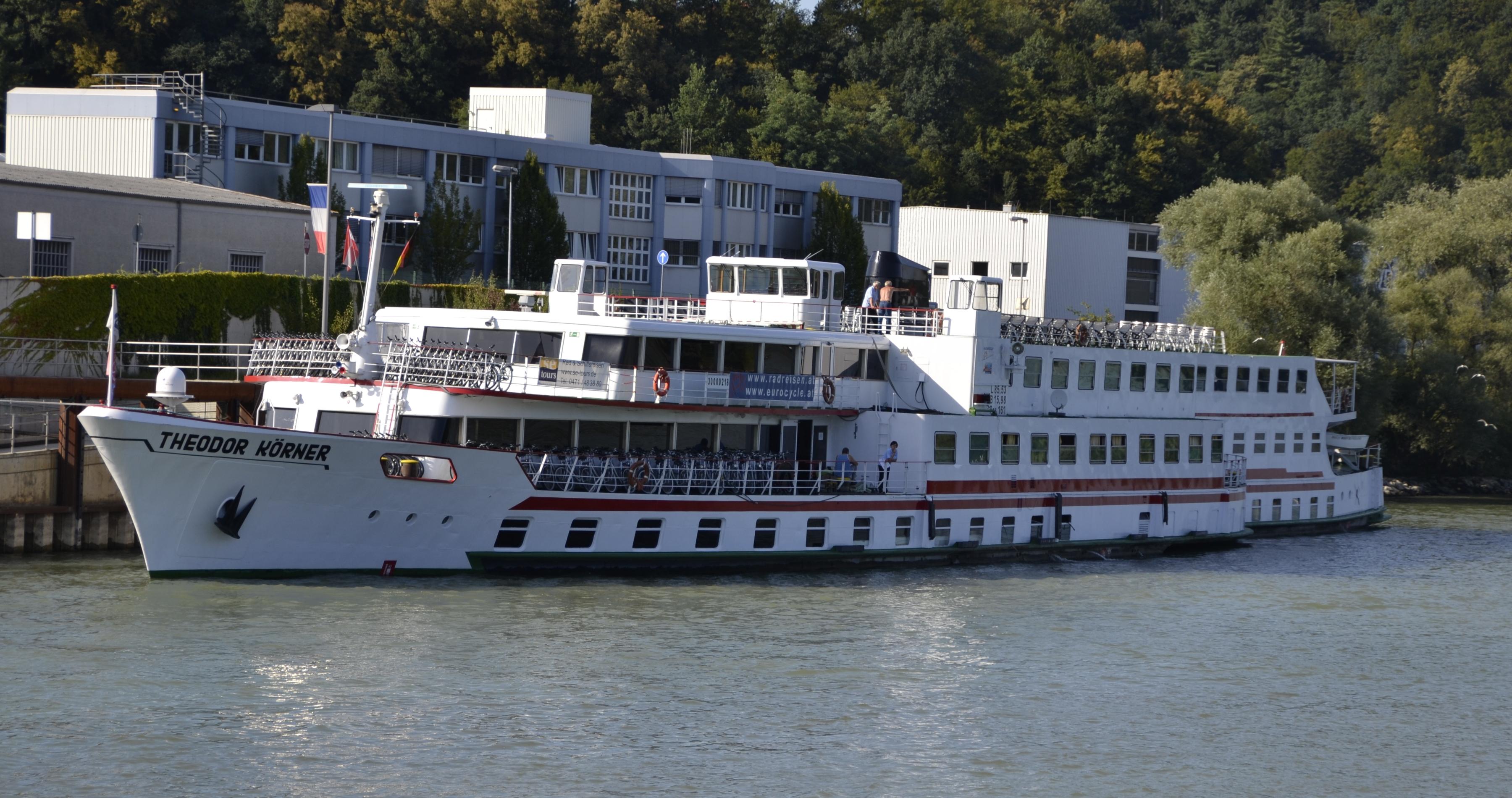 Theodor Körner in Passau.JPG