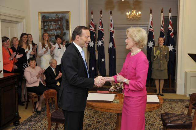 File:Tony Abbott being sworn in by Quentin Bryce (2).jpg