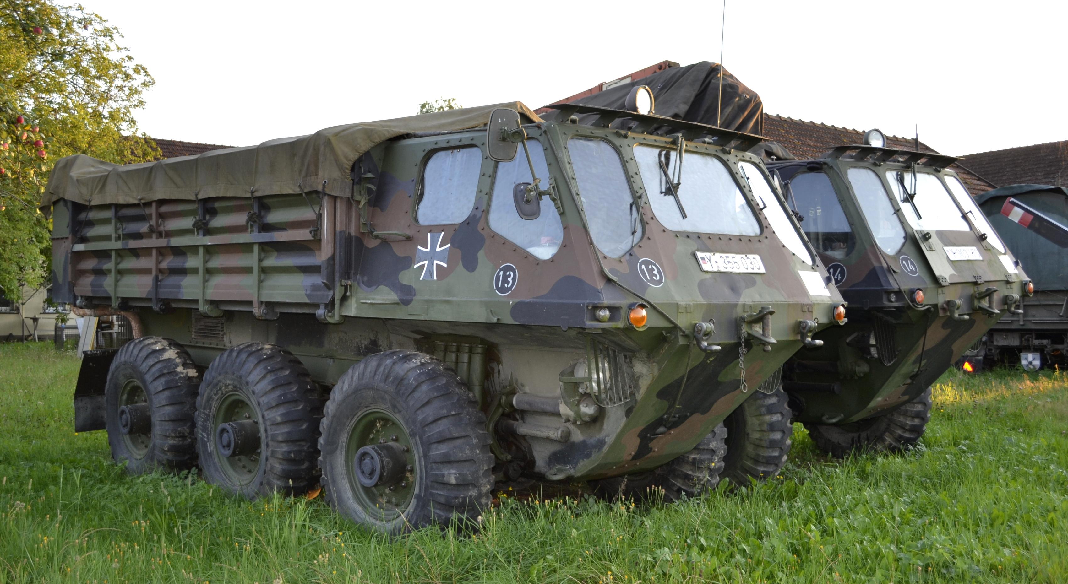 Datei Two Alvis Stalwart Hmlc Mark 2 Ex Bundeswehr Jpg