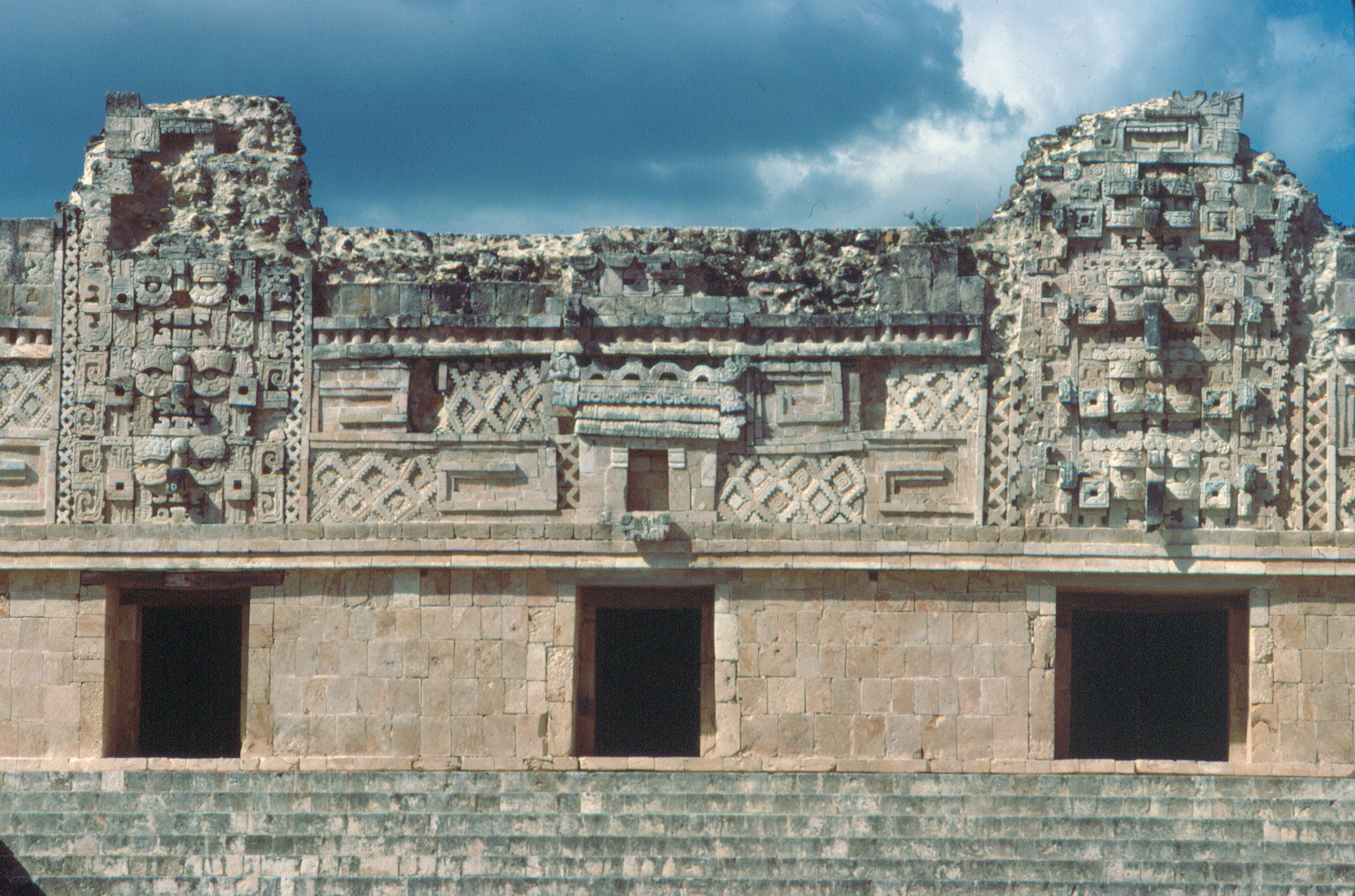 uxmal_monjas_n_(c) (3156×2088) | mayan architecture | pinterest