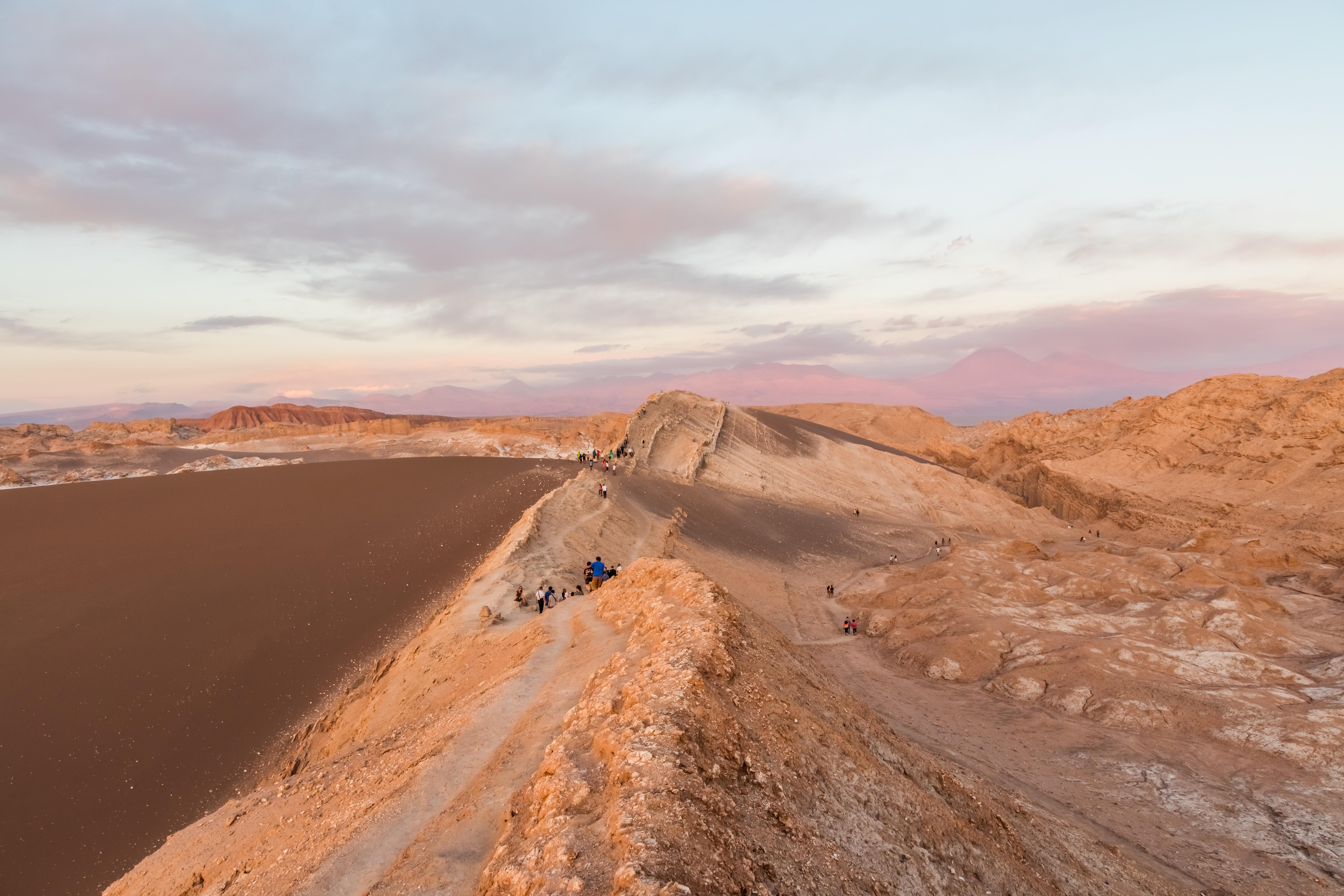 File:Valle de la Luna, San Pedro de Atacama, Chile, 2016 ...