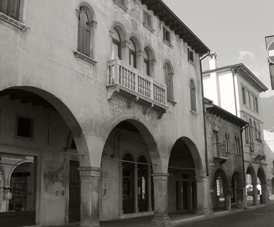 File vittorio veneto palazzi brocca sanfiori e pancetta foto di paolo wikipedia - Casa vittorio veneto ...