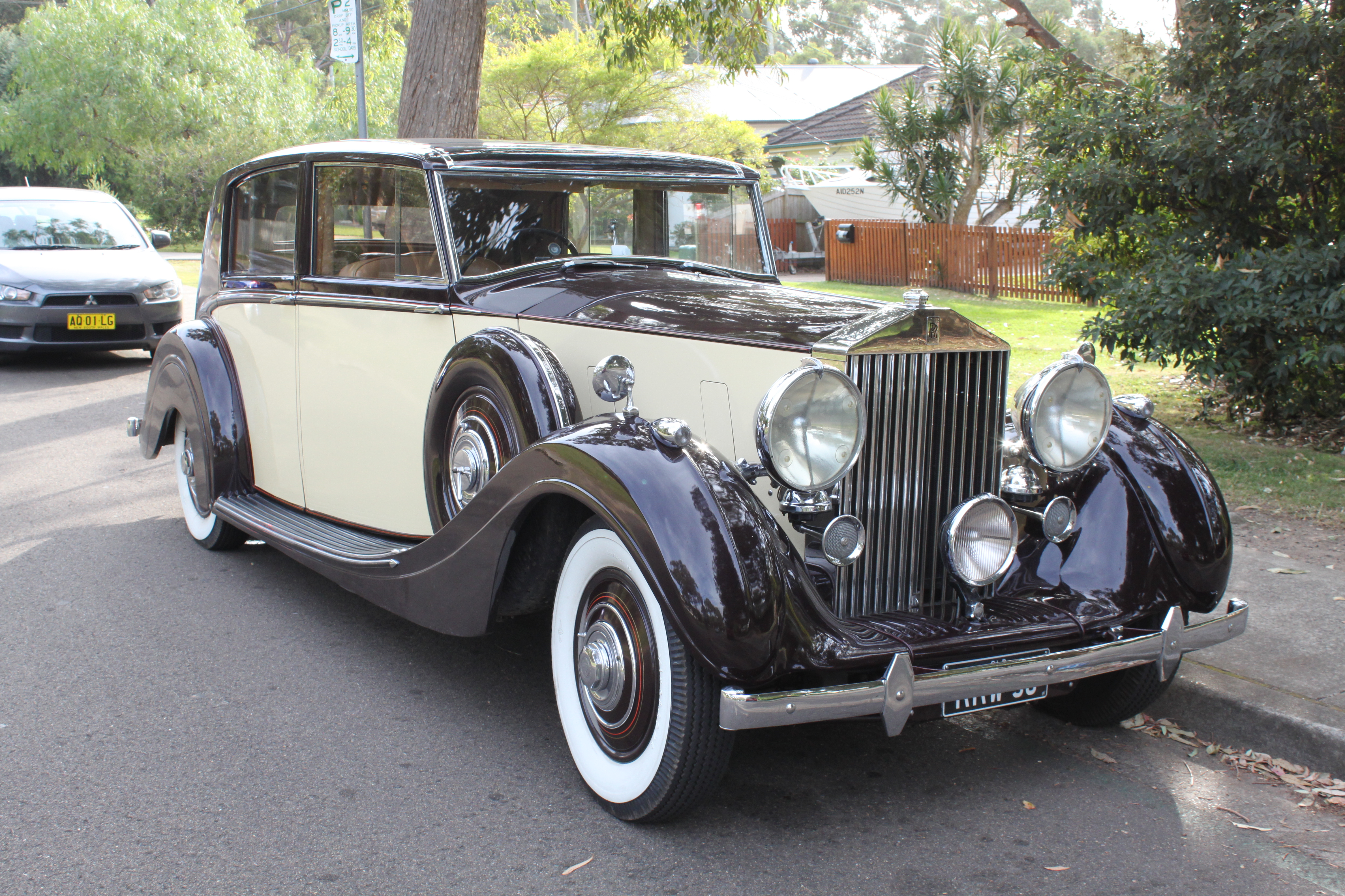 Antique Car Rental For Weddings