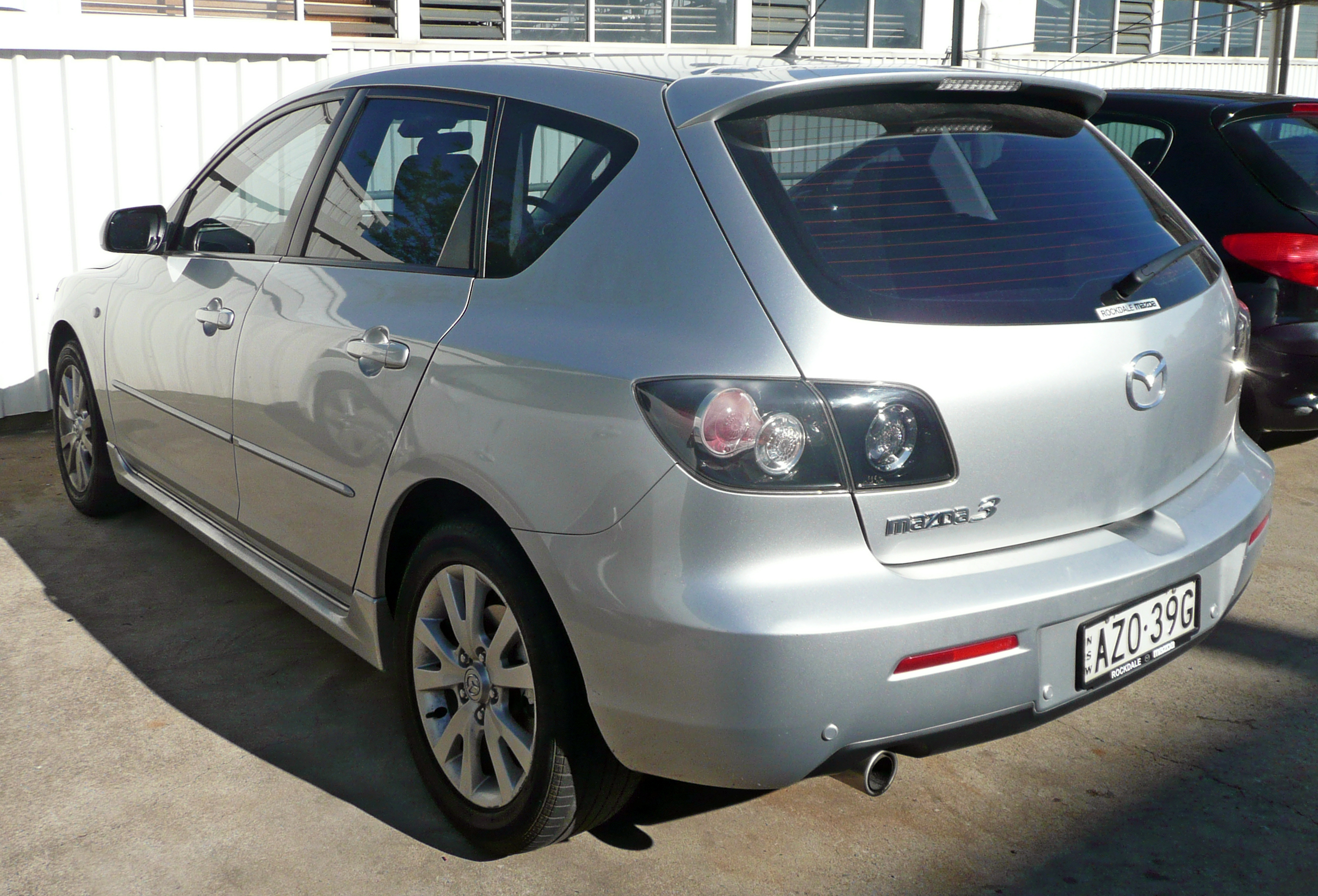 File 2006 2008 Mazda 3 Bk Series 2 Maxx Sport Hatchback 02 Jpg Wikimedia Commons