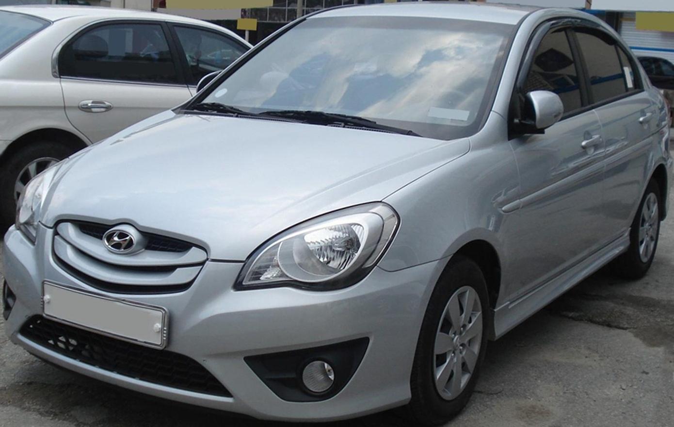 File 20100812 Hyundai Verna 1 Jpg Wikimedia Commons