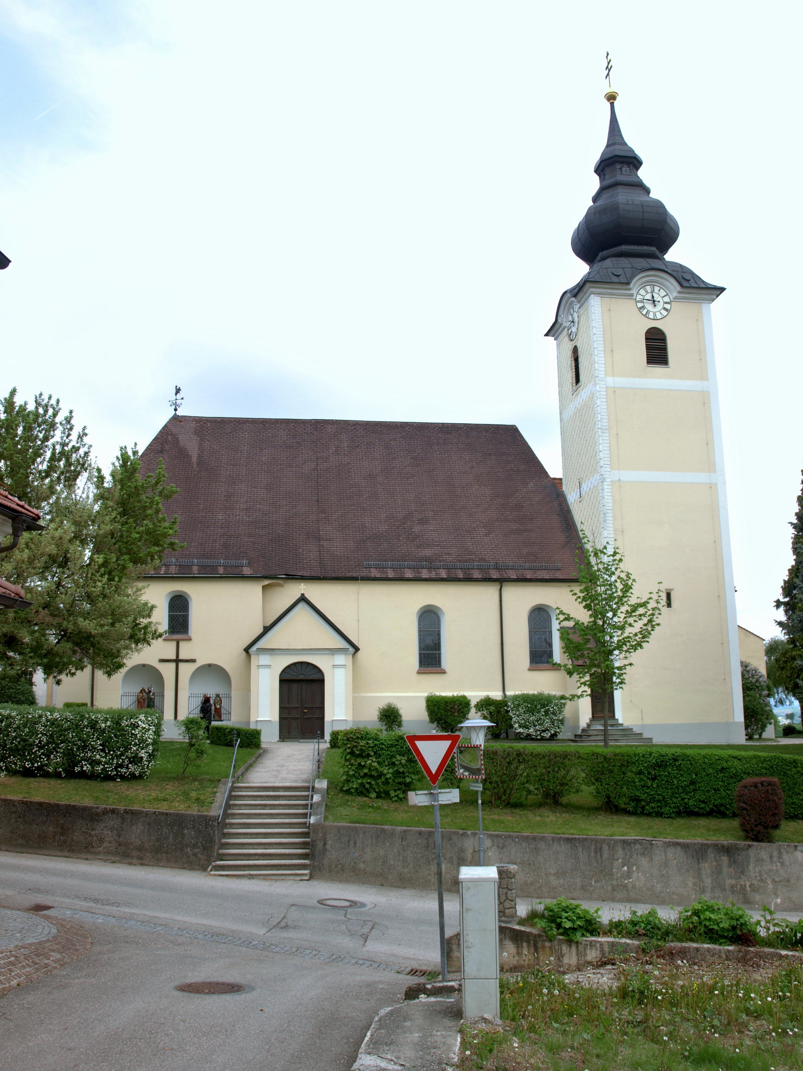 2012.05.03_-_Euratsfeld_-_Pfarrkirche_hl._Johannes_-_10.jpg