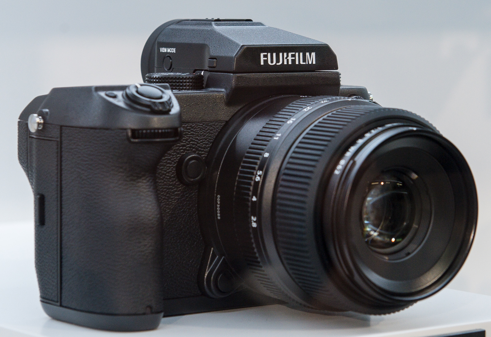 Fujifilm Gfx 50s Wikipedia Fujinon Gf 120mm F 4 R Lm Ois Wr Macro