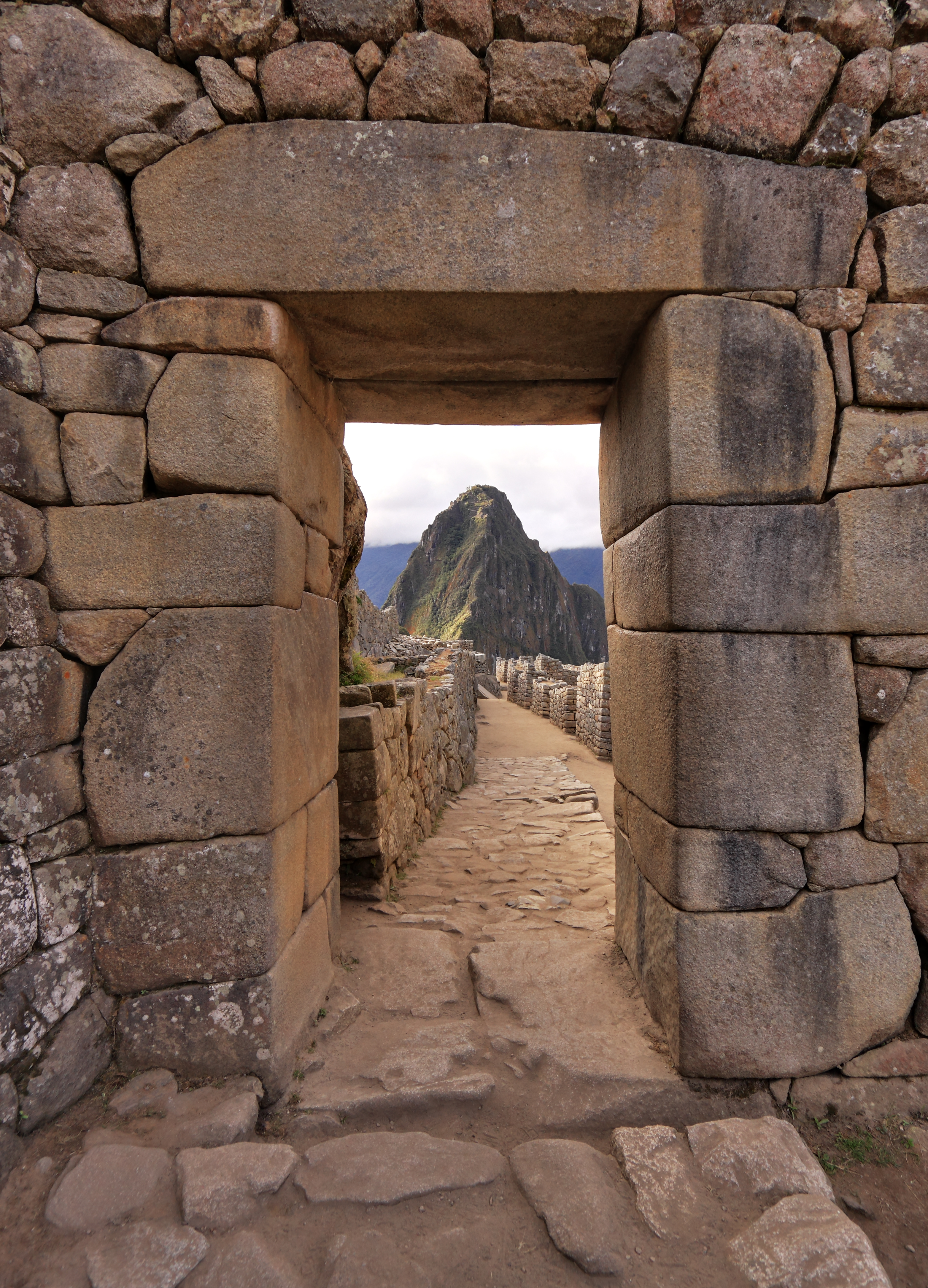 Lost incan city of machu picchu 100 years after discovery for Architecture technique