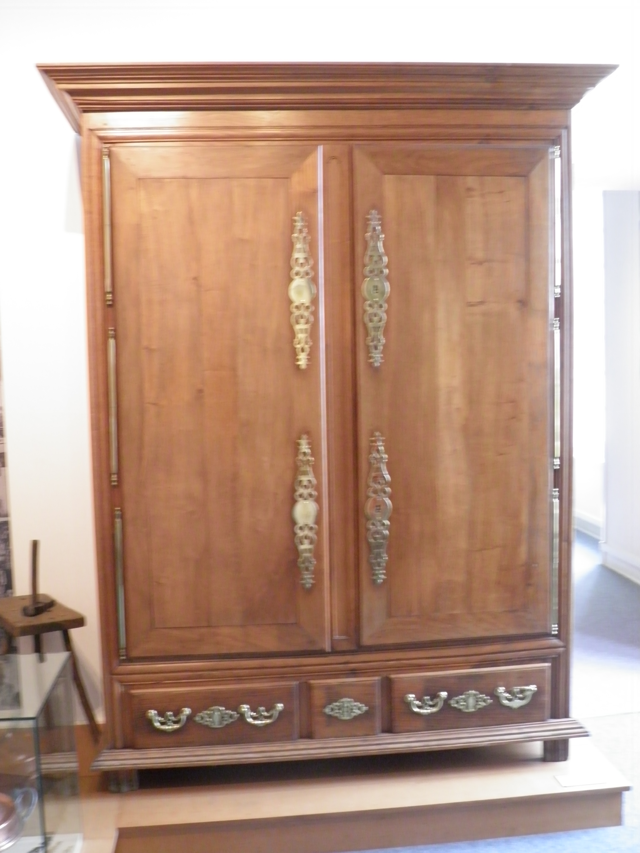 armoire wiki 28 images fichier armoire artdeco jpg wikip 233 dia armoire wikip 233 dia. Black Bedroom Furniture Sets. Home Design Ideas