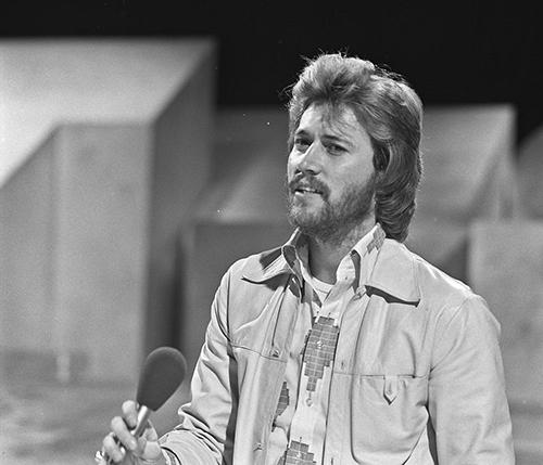 The 72-yaşında 180 cm uzunluğunda Barry Gibb tarihli 2019