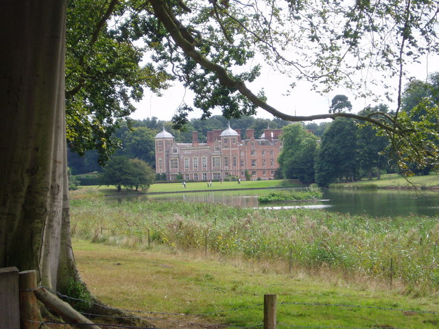 File:Blickling Hall from the lake - geograph.org.uk - 887921.jpg