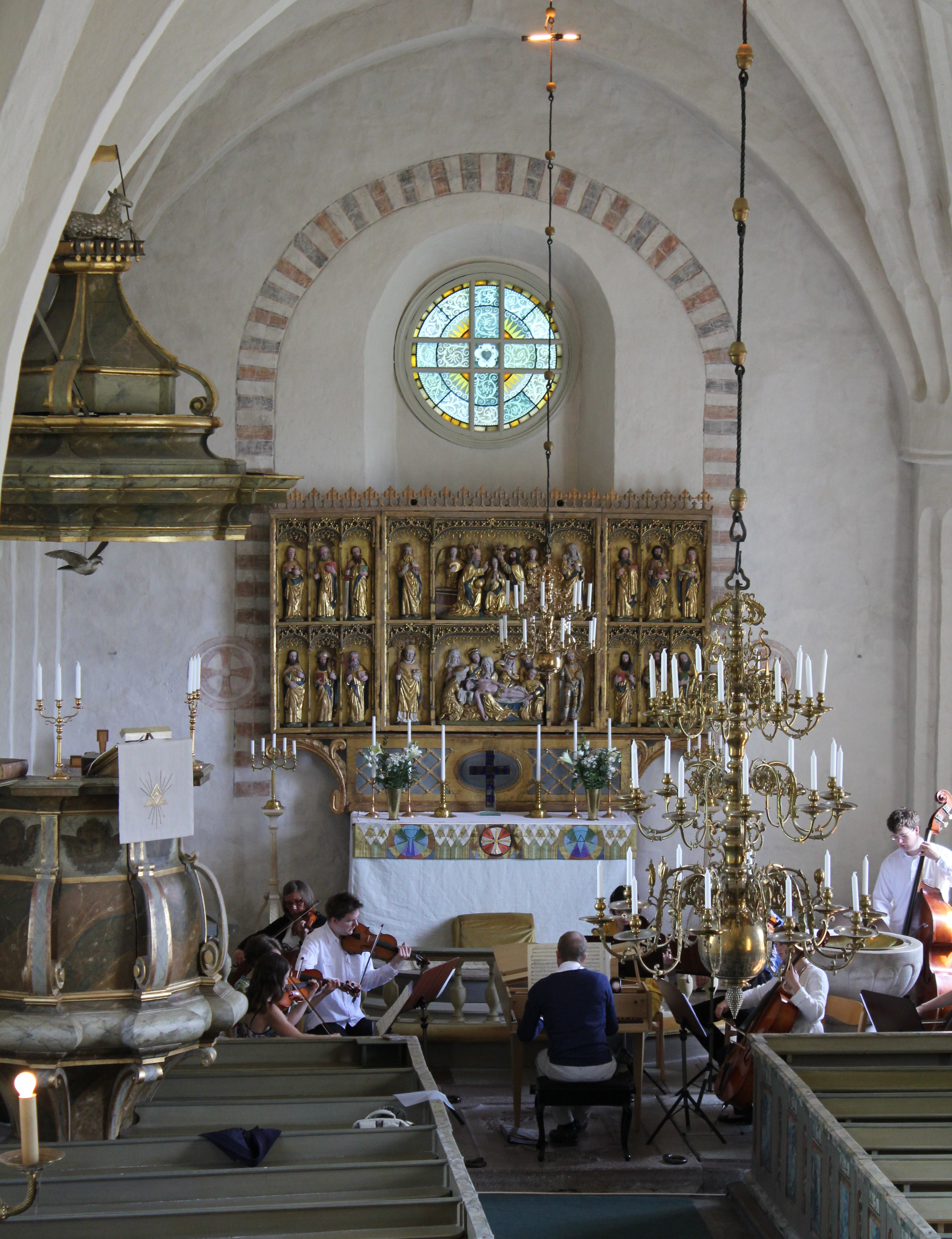 Fil:Boglsa kyrka, garagesale24.net Wikipedia