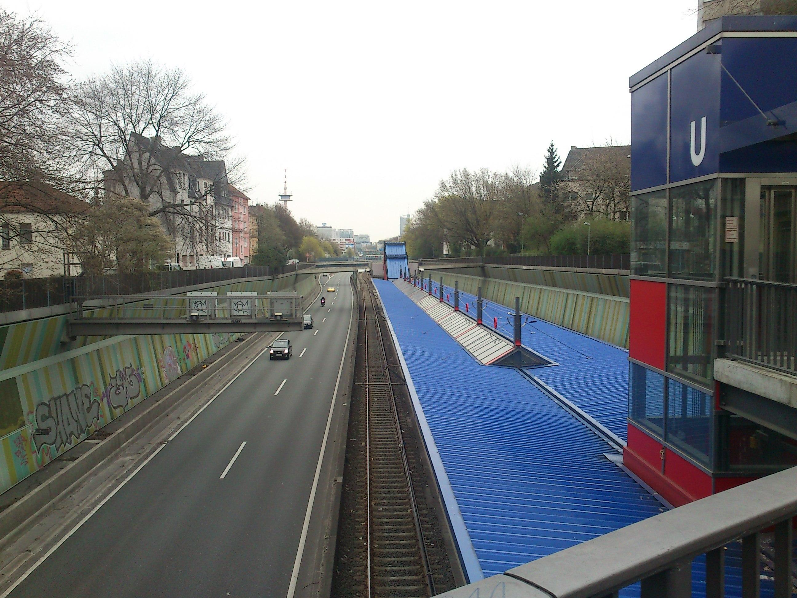 File:Breslauer Str., Essen - panoramio.jpg - Wikimedia Commons
