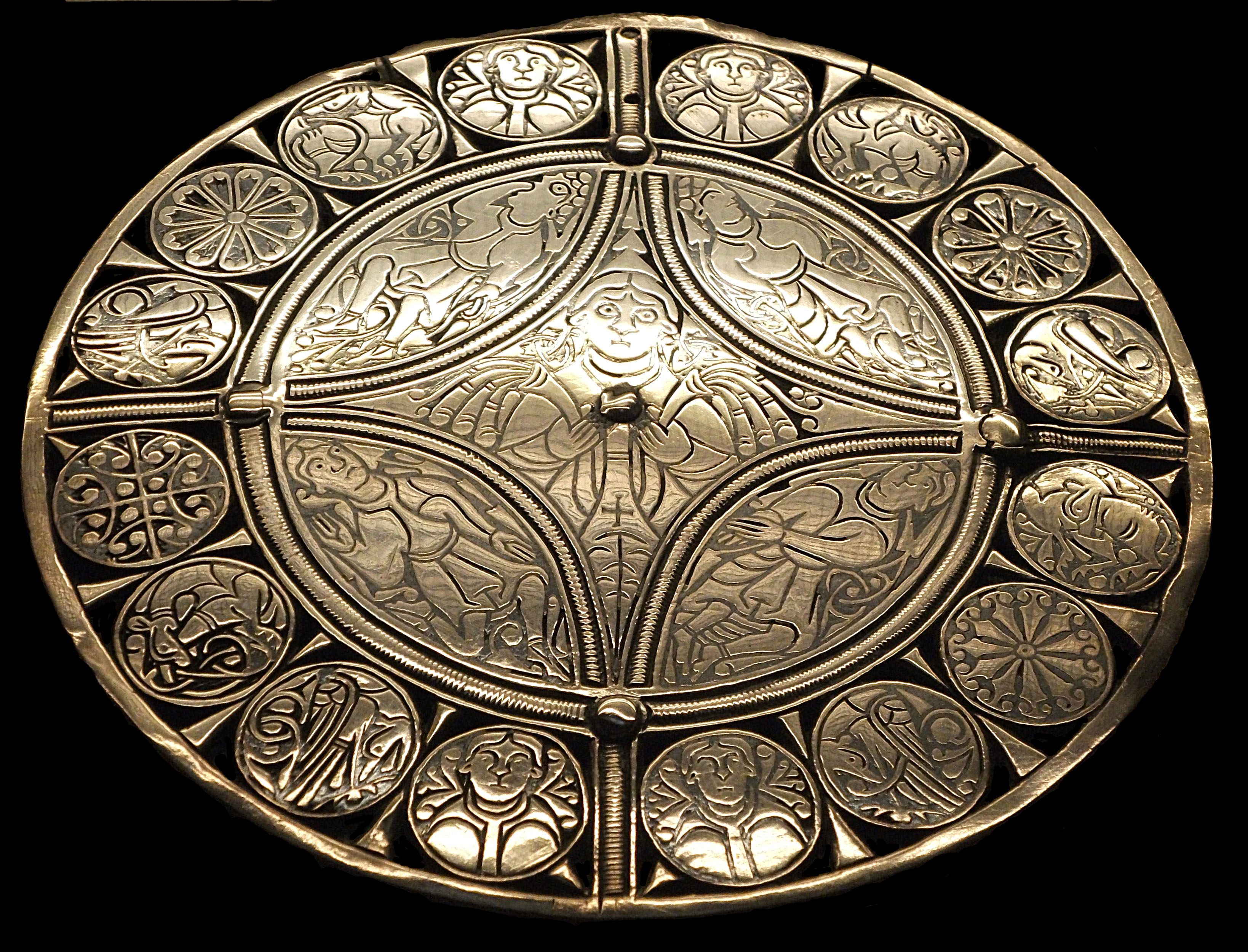 File:Brit Mus Fuller Brooch.jpg - Wikipedia, the free encyclopedia