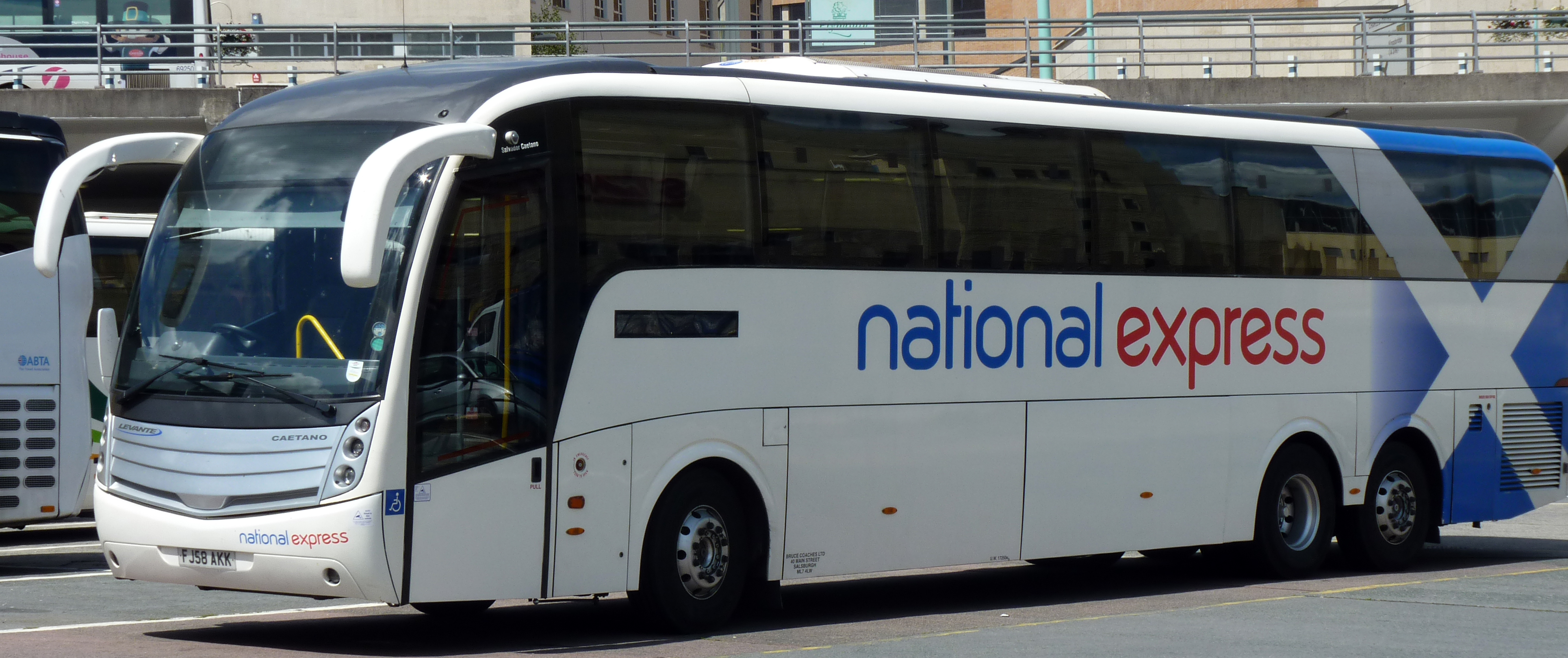 File:Bruce FJ58AKK National Express.jpg - Wikimedia Commons