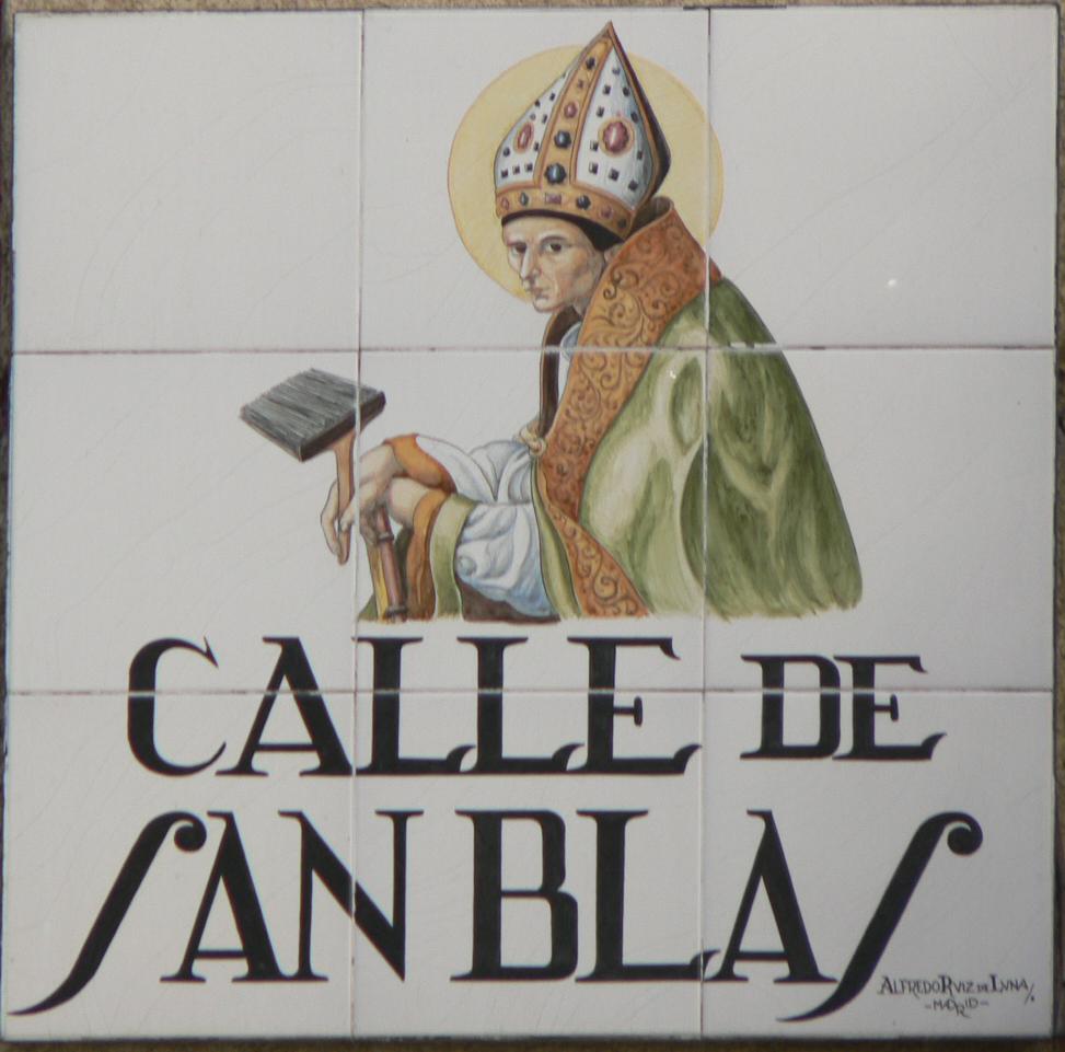Resultado de imagen de azulejos calles de madrid san blas