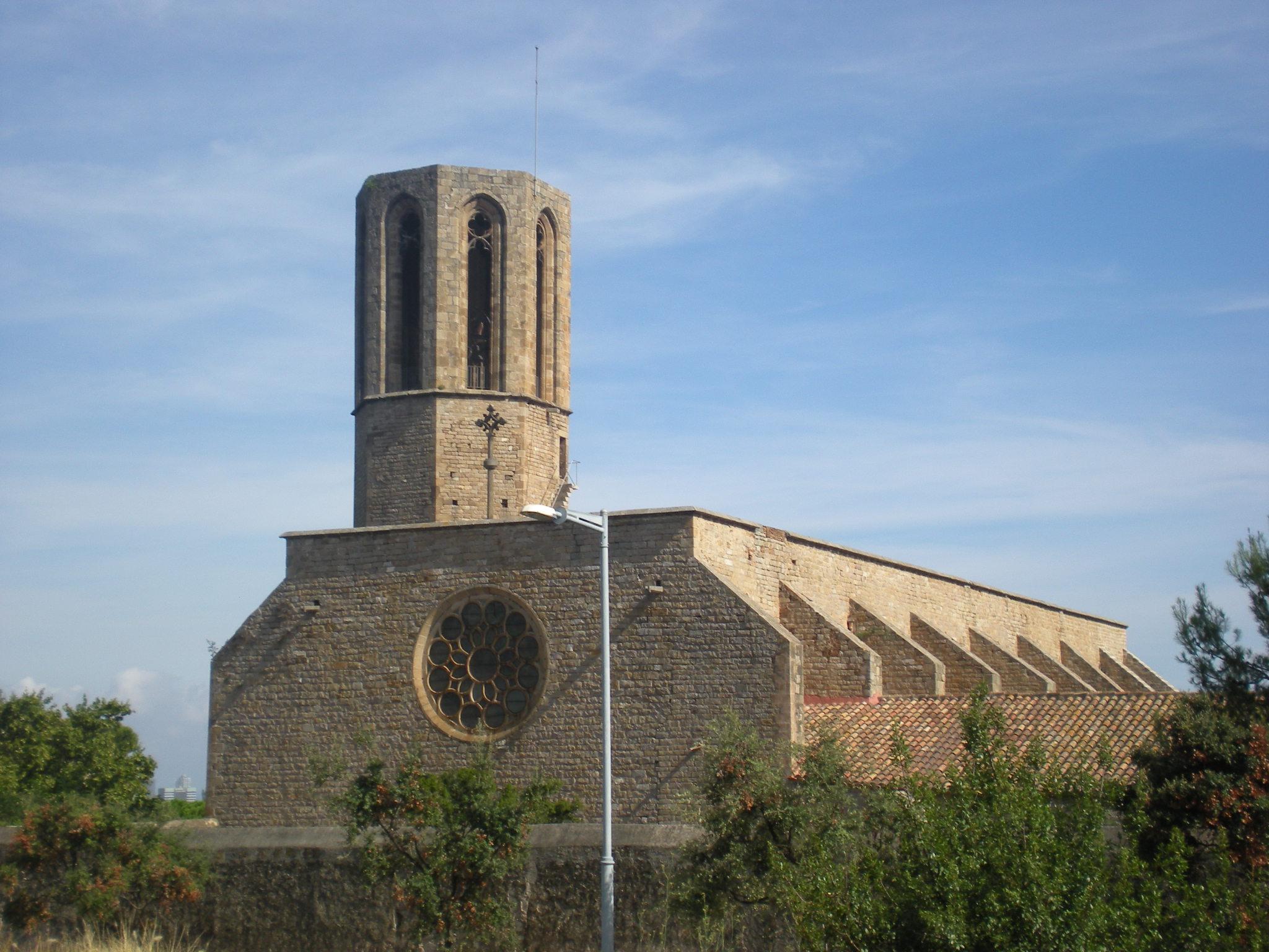 File:Campanar del monestir de Santa Maria de Pedralbes.jpg ...