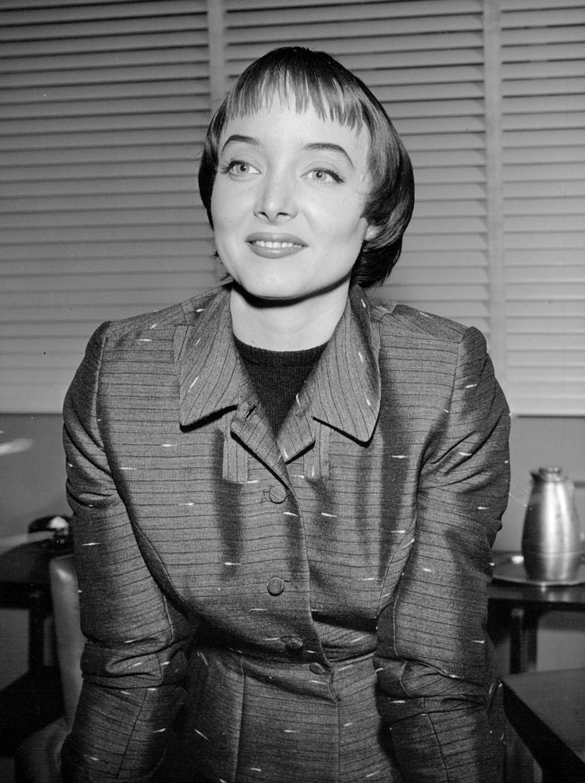 Raadhika,Ruthelma Stevens Adult clip Yamila Diaz-Rahi ARG,Alan Bates (1934?003)
