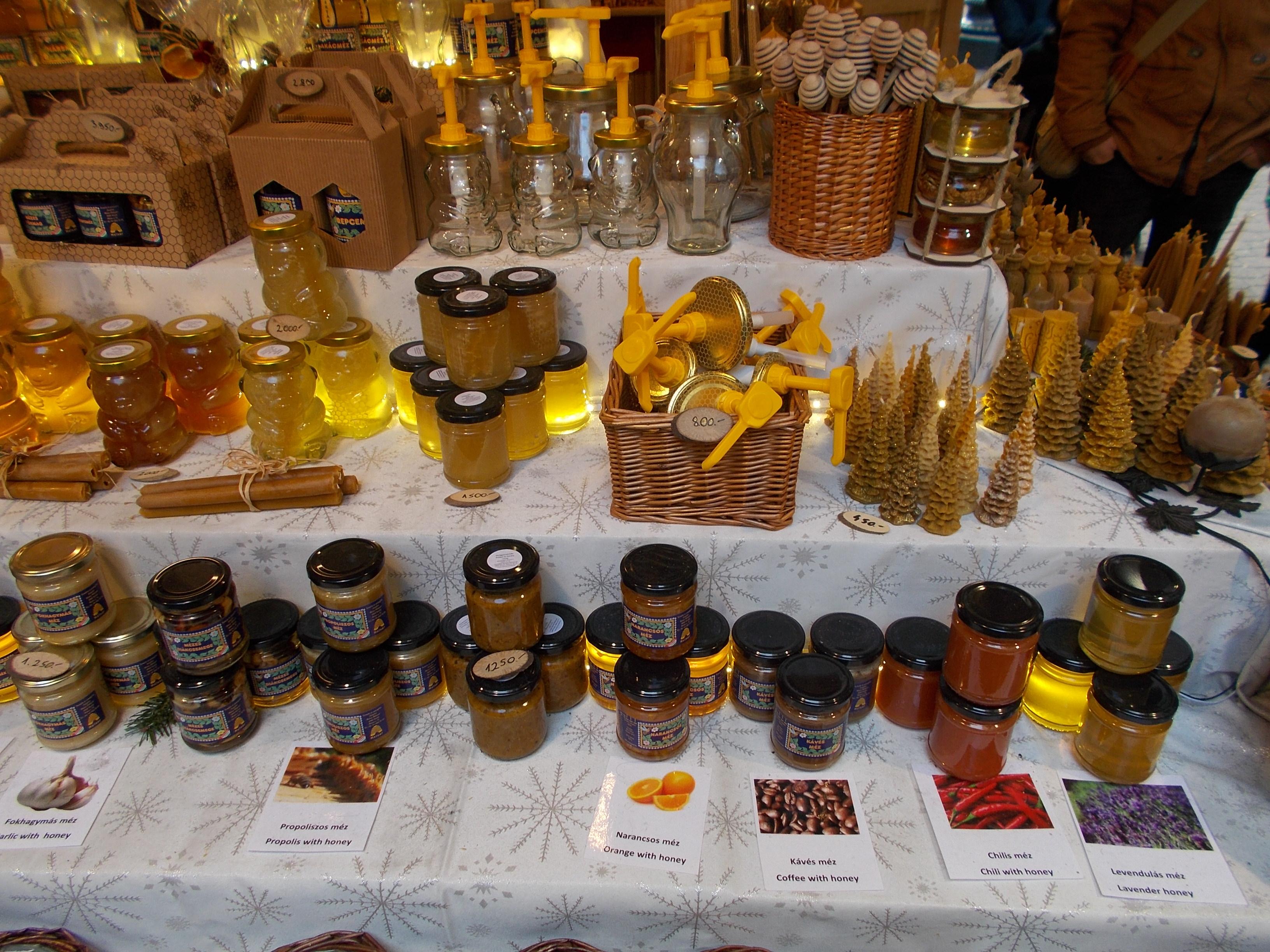 Is Chilis Open On Christmas.File Christmas Market In 2015 Deak Street Honey Budapest