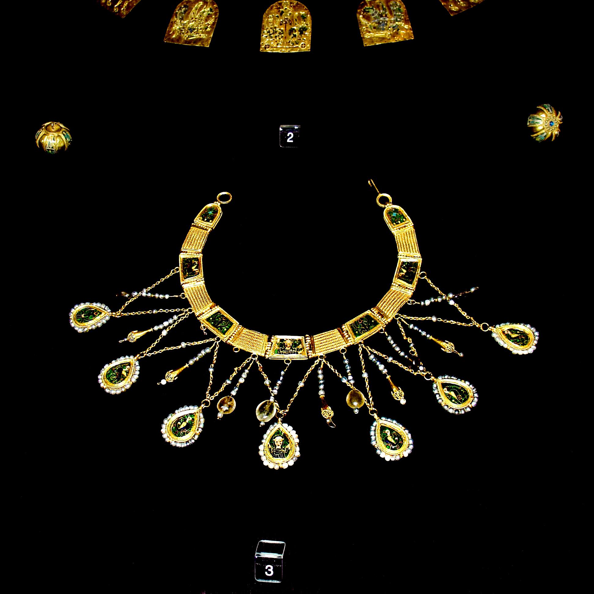 collier fin en or
