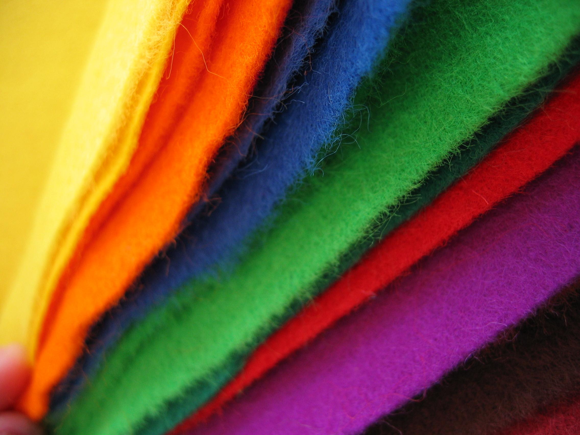 Colored felt cloth