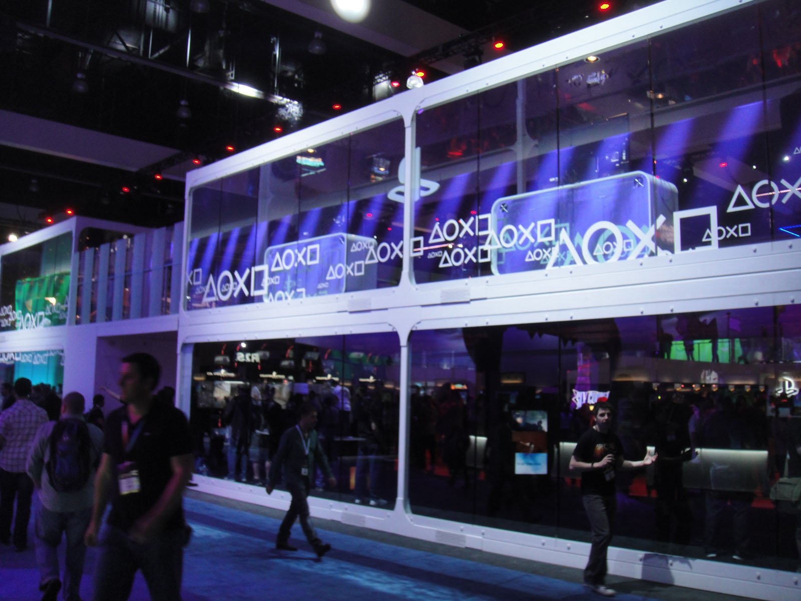 file e3 expo 2012 sony playstation booth 7641057478 jpg