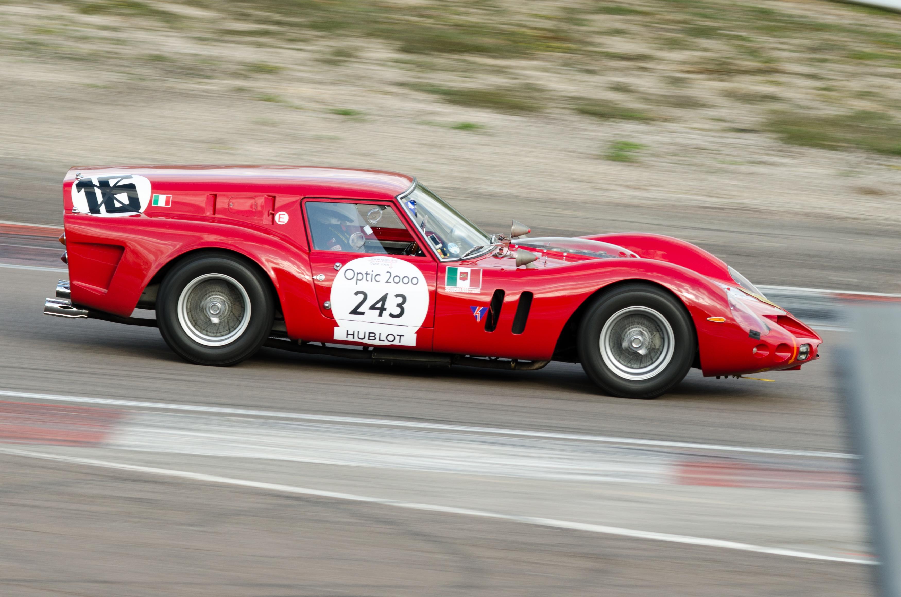 Datei Ferrari Breadvan Tour Auto 2014 Circuit De Dijon Prenois 05 Recadrée Jpg Wikipedia