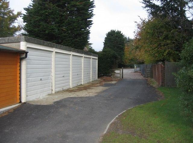 File:Five white garage doors - geograph.org.uk - 1049549.jpg
