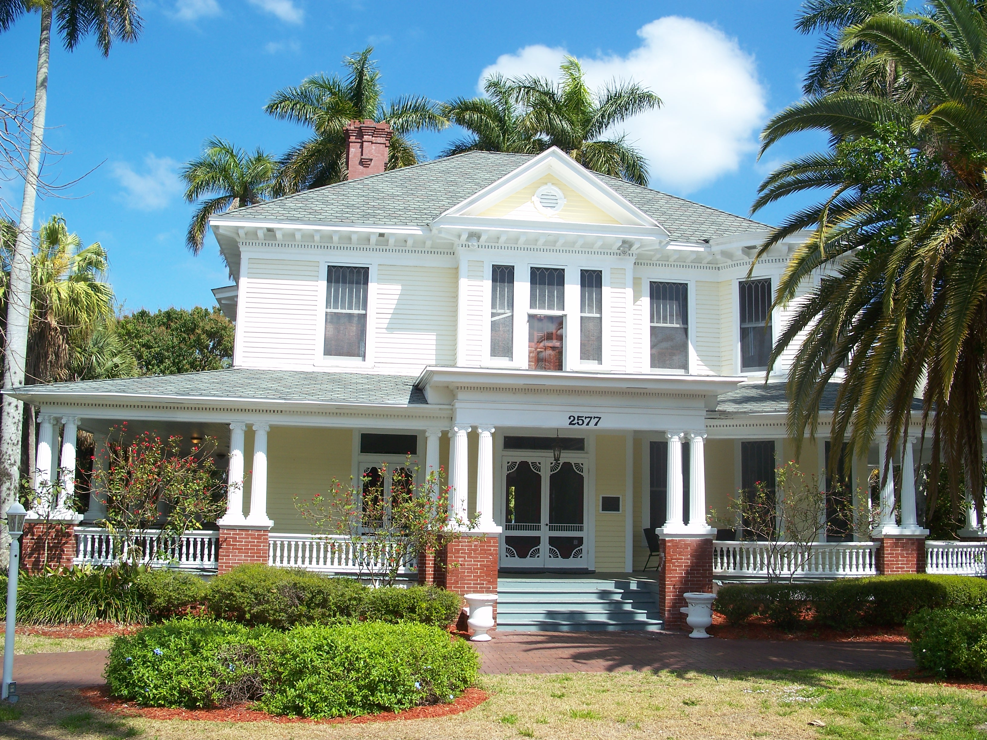 File fort myers fl heitman wikimedia commons for How to build your own house in florida
