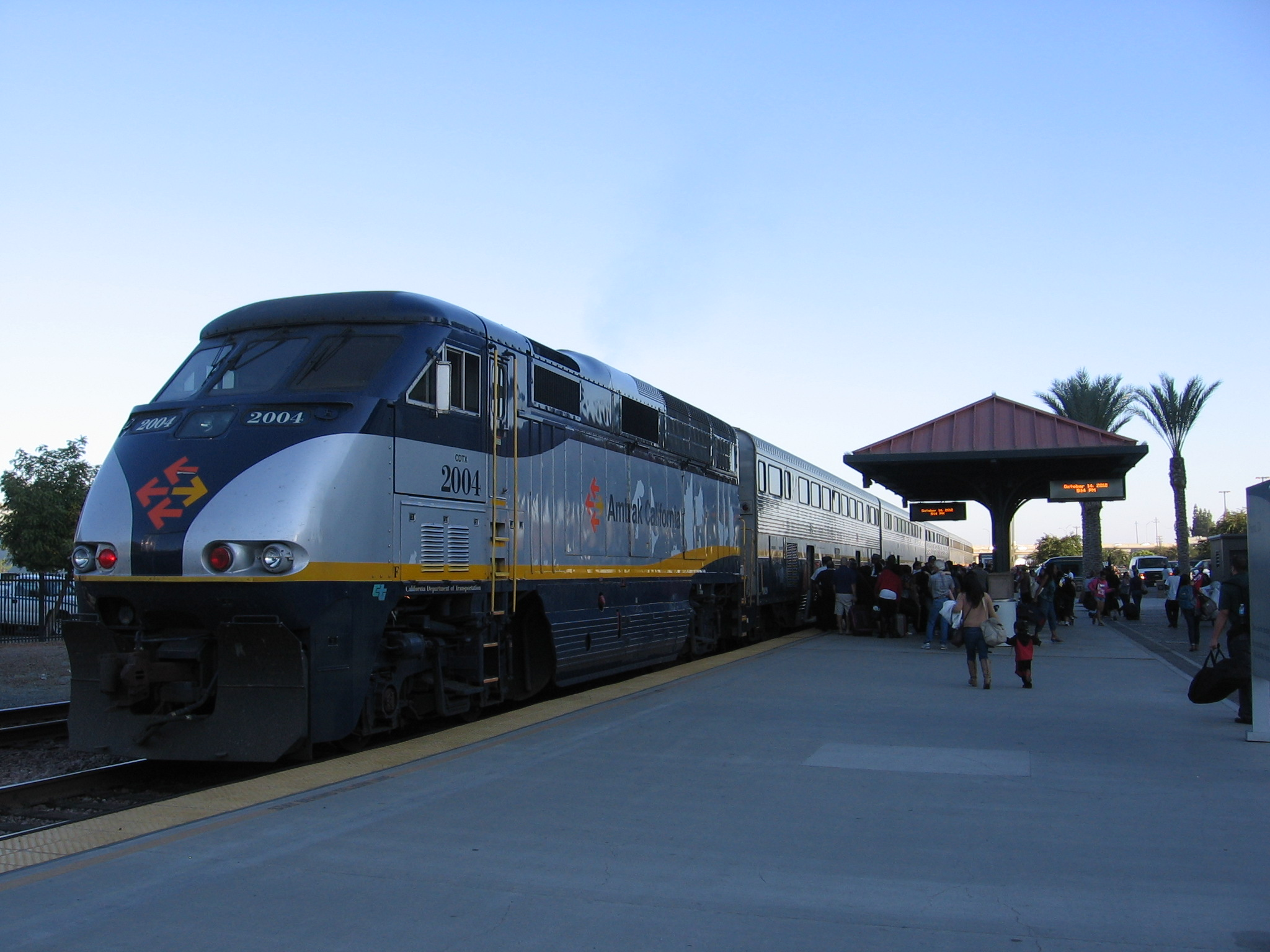 File:Fresno station 2417 19.JPG