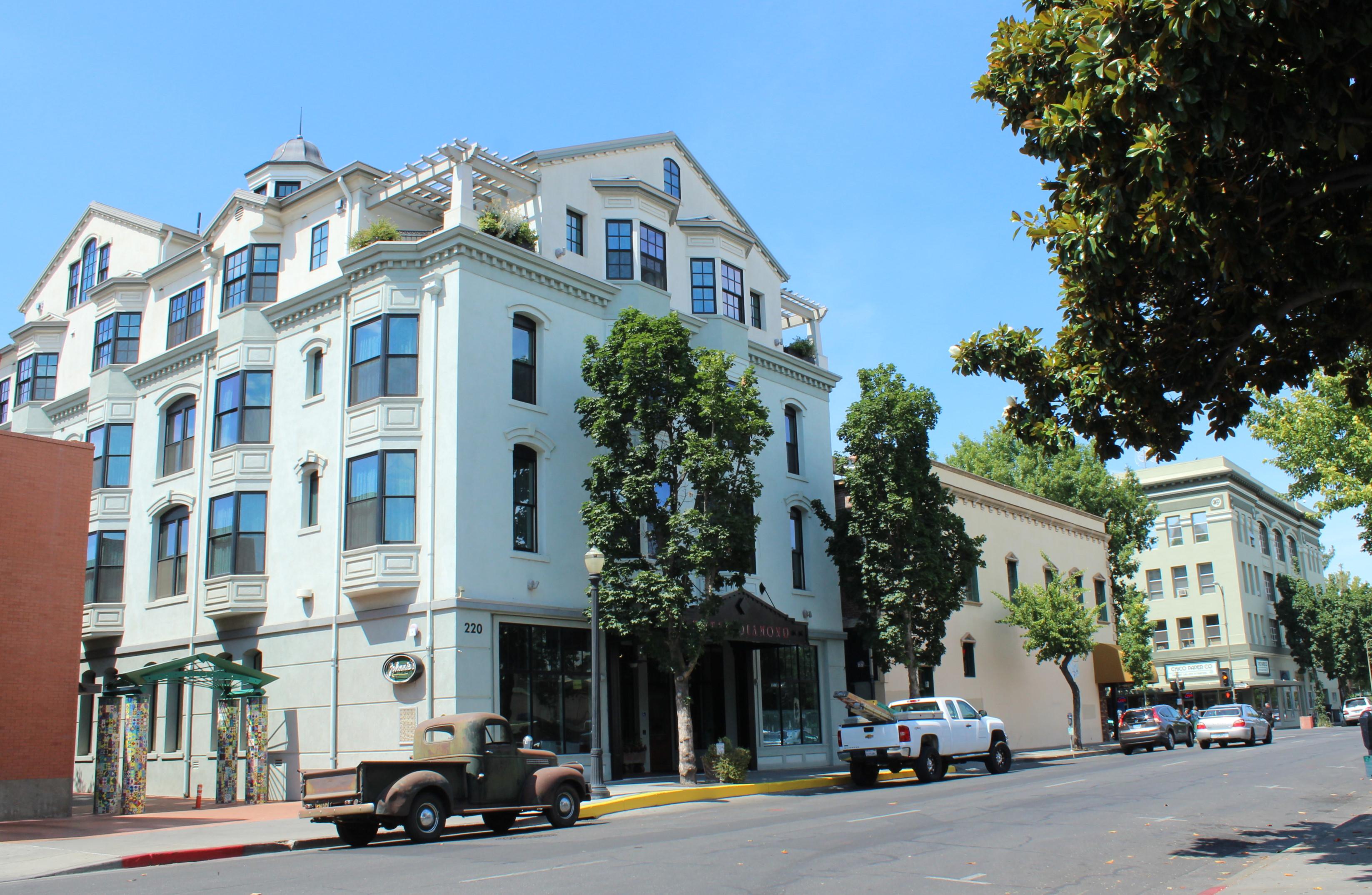 File Hotel Diamond Chico Ca Usa Panoramio Jpg