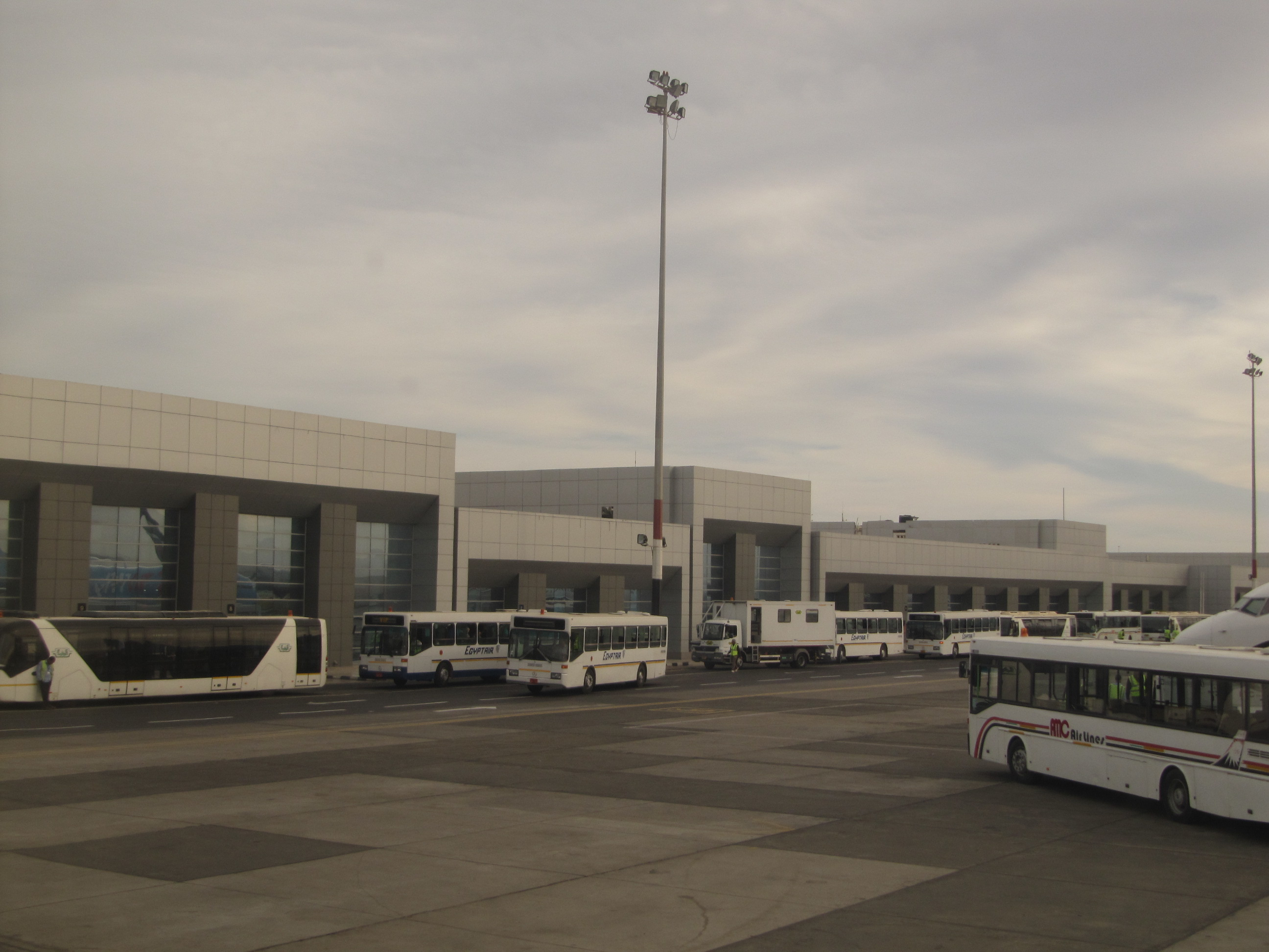 Аэропорт Хургада (Hurghada International Airport).