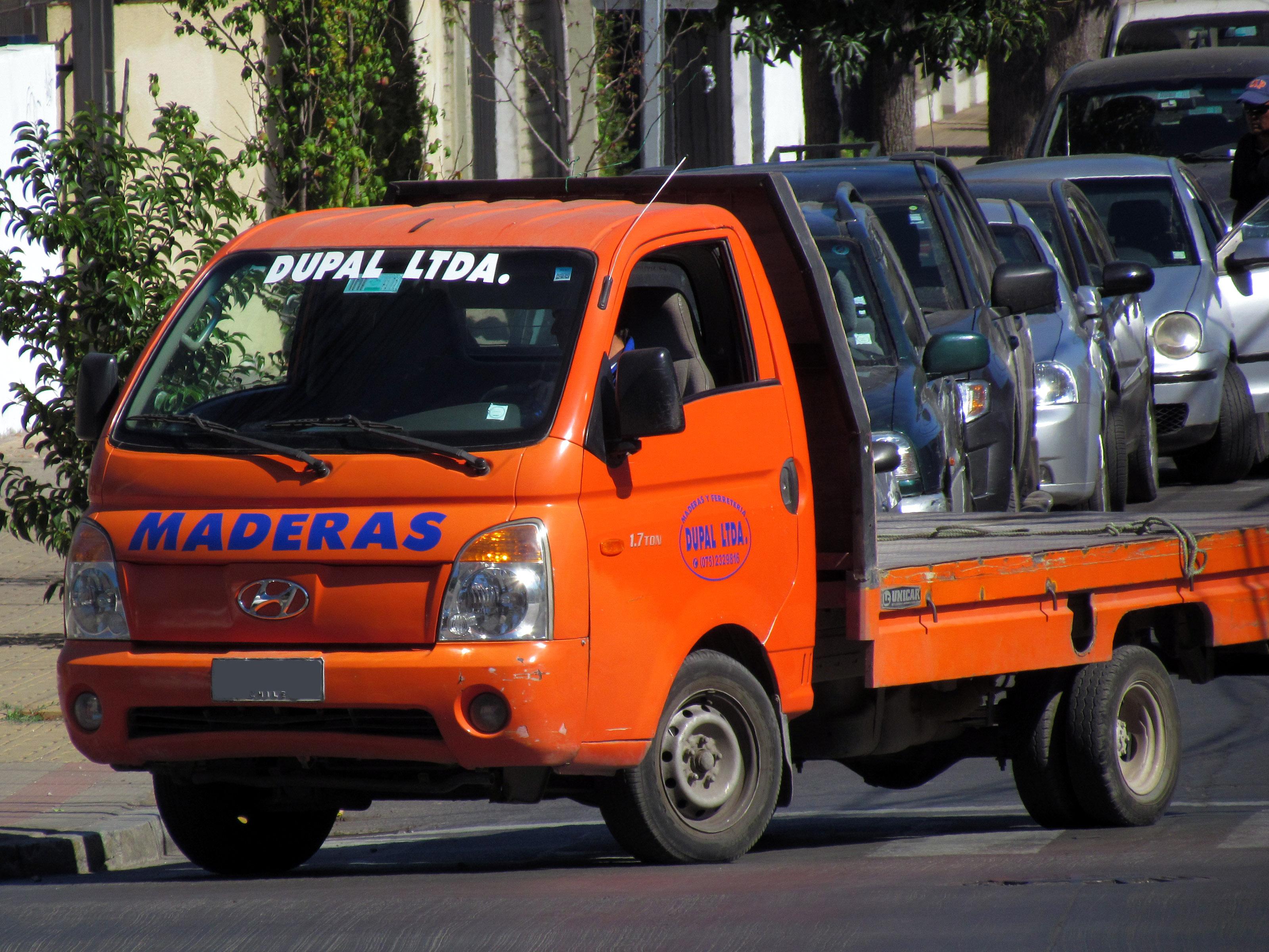 File:Hyundai H100 Porter 2007 (17467387445).jpg