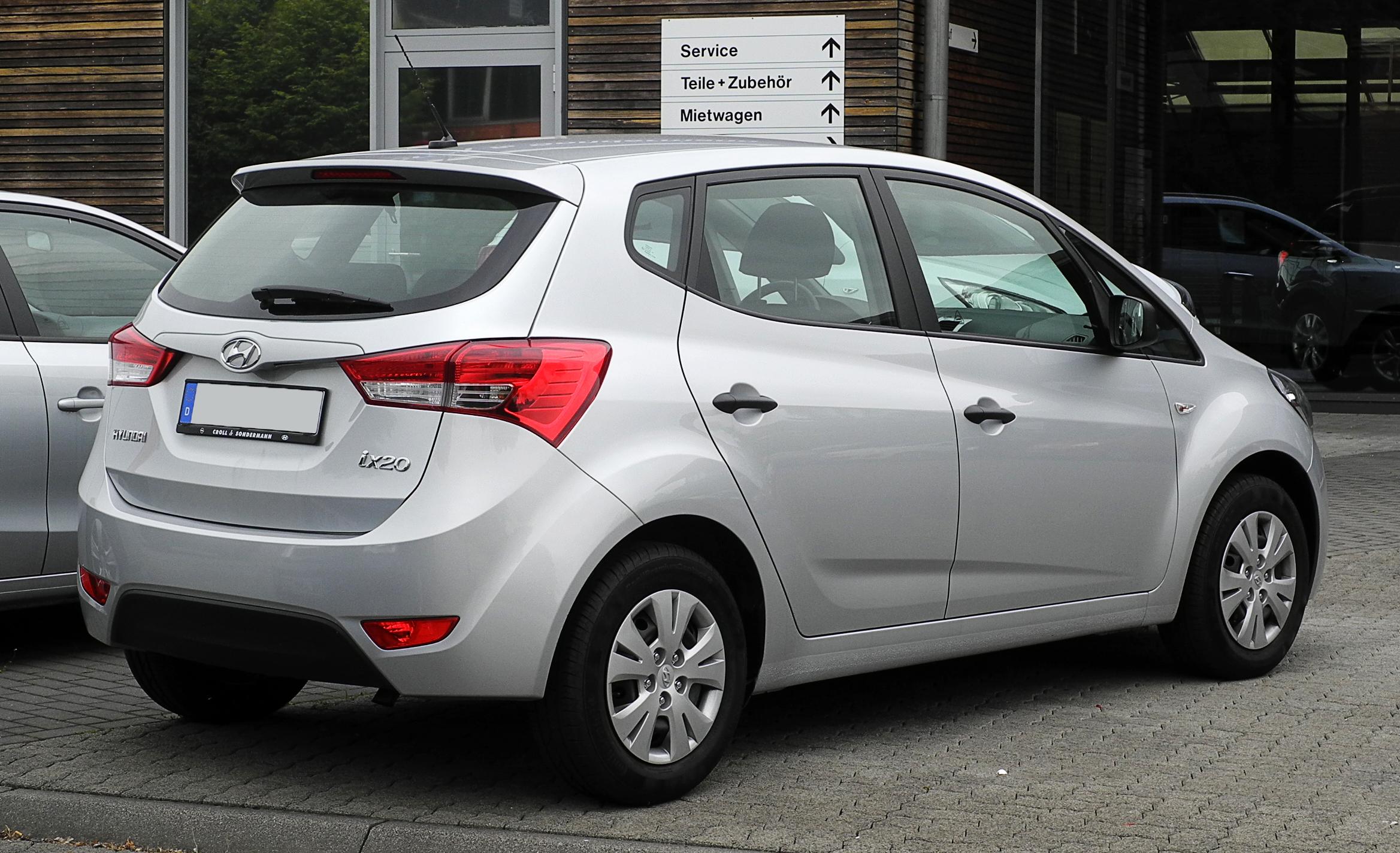 Ficheiro:Hyundai ix20 1.4 Classic – Heckansicht, 13. Juni ...