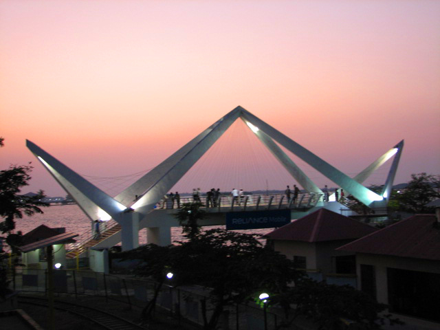 dating places in cochin Though places north and south of kochi are mentioned in quite later attempts by the zamorin at conquering the kochi port was thwarted by the cochin raja with the.
