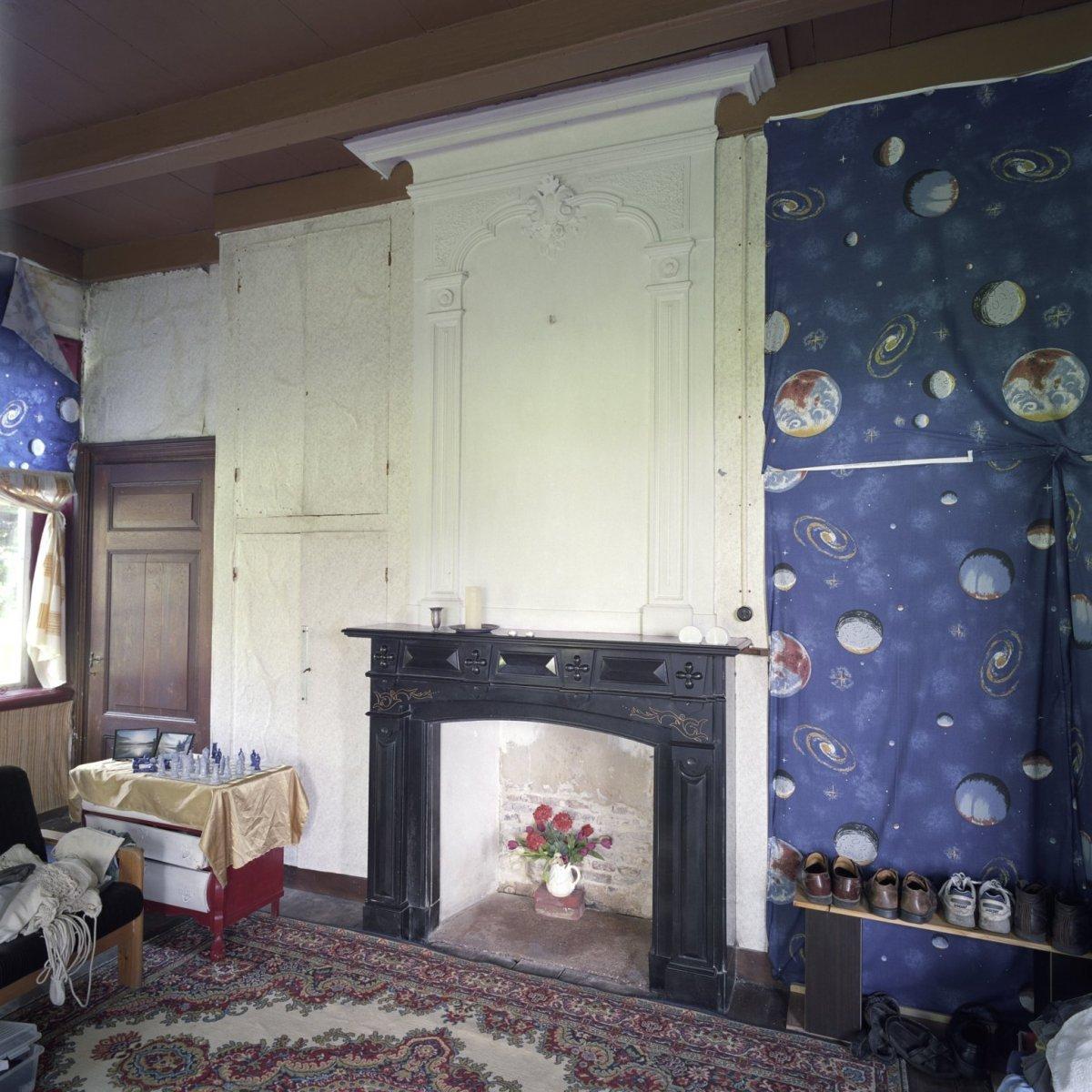 File:Interieur woonhuis, schouw in slaapkamer - Winterswijk ...