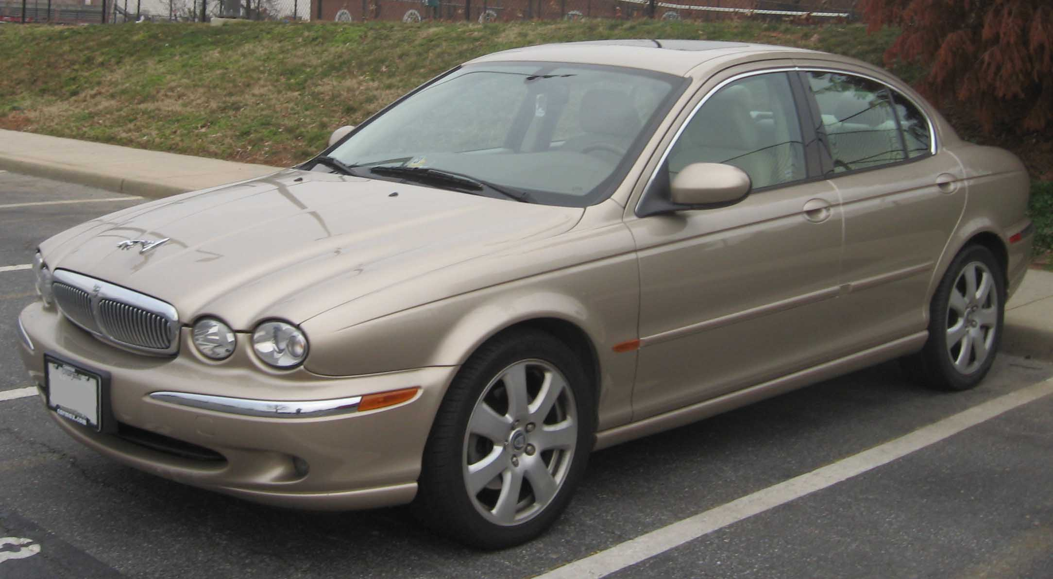 File Jaguar X-Type sed...
